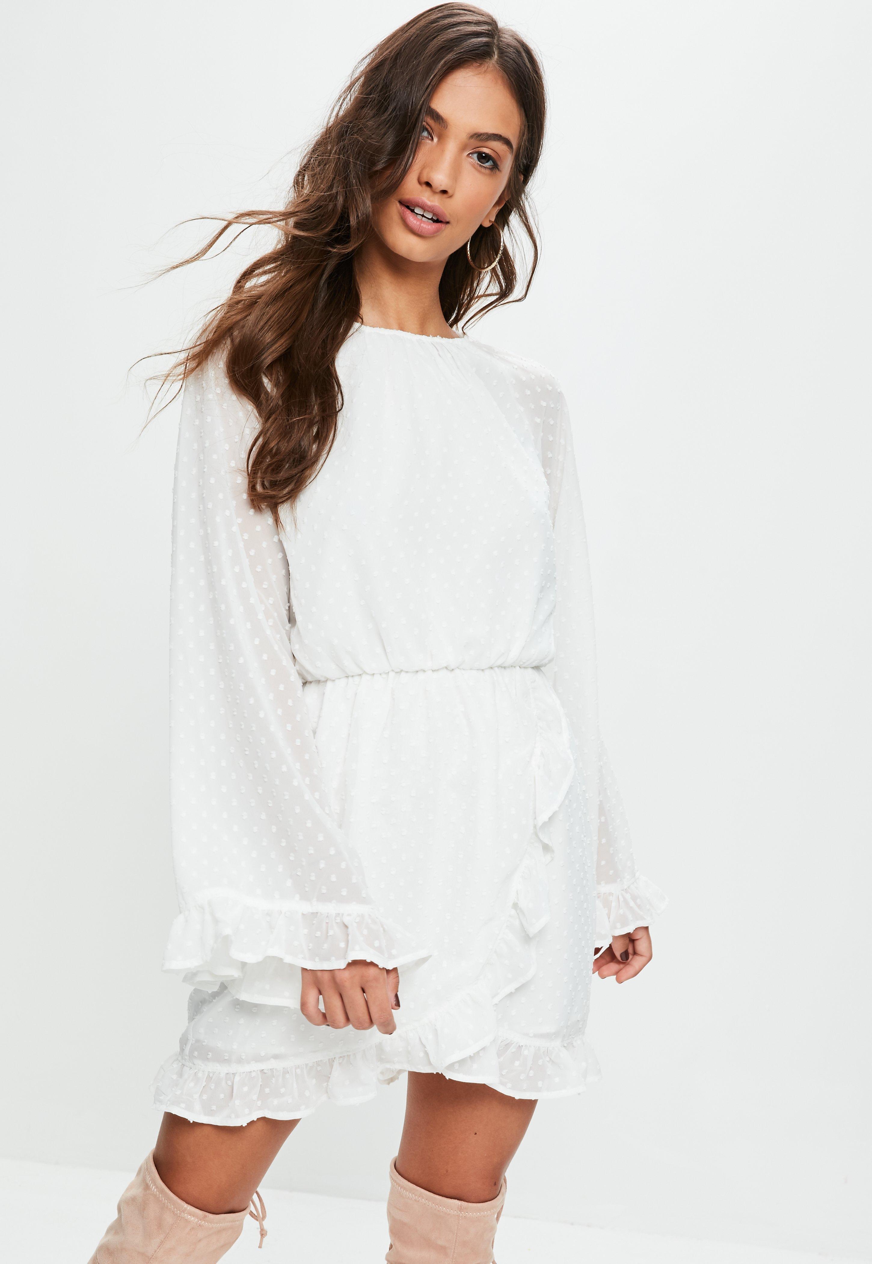 b8abb0edfd52 Lyst - Missguided White Dobby Mesh Skater Dress in White