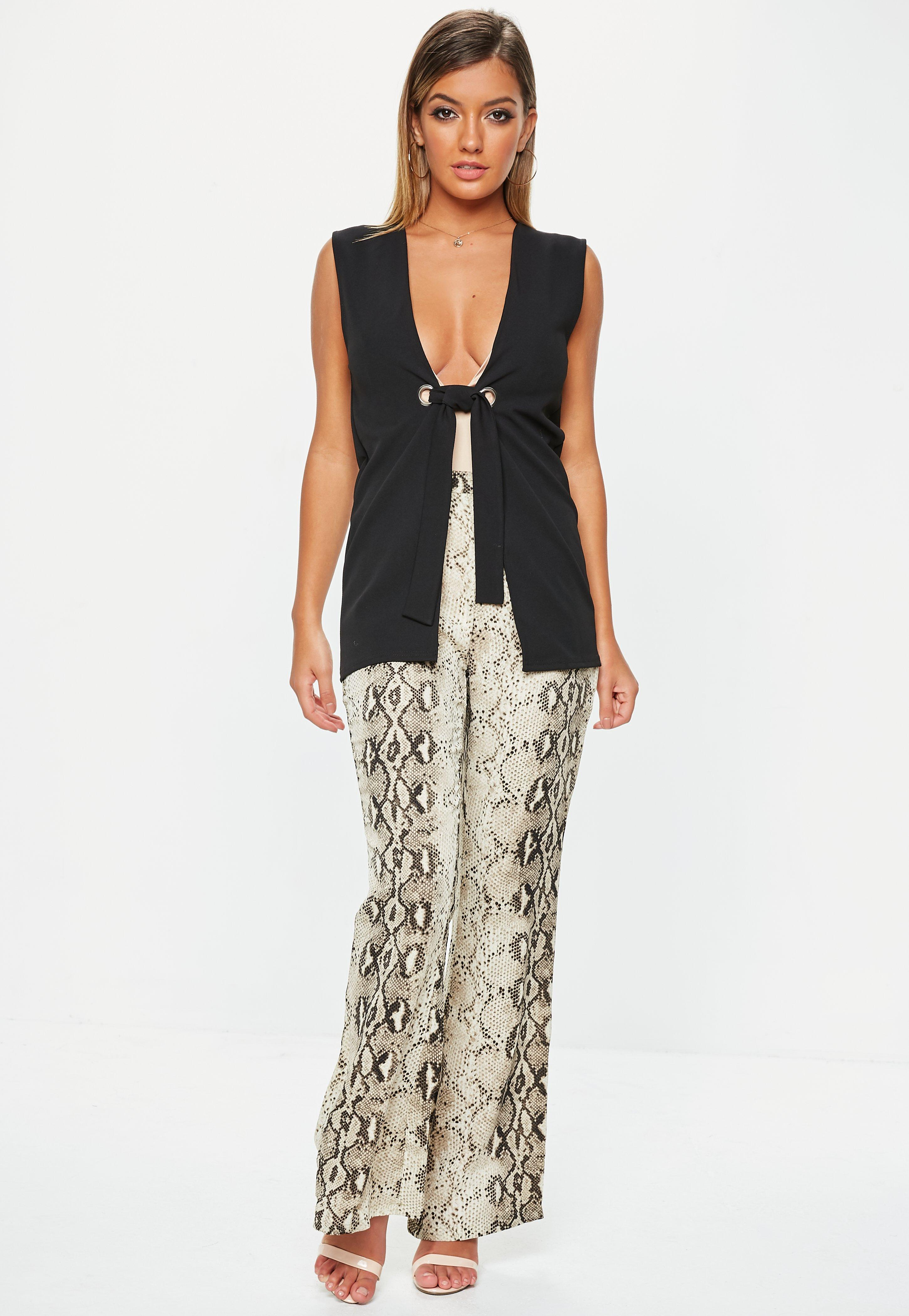 821a185f337024 Missguided - Black Sleeveless Tie Waist Blazer - Lyst. View fullscreen