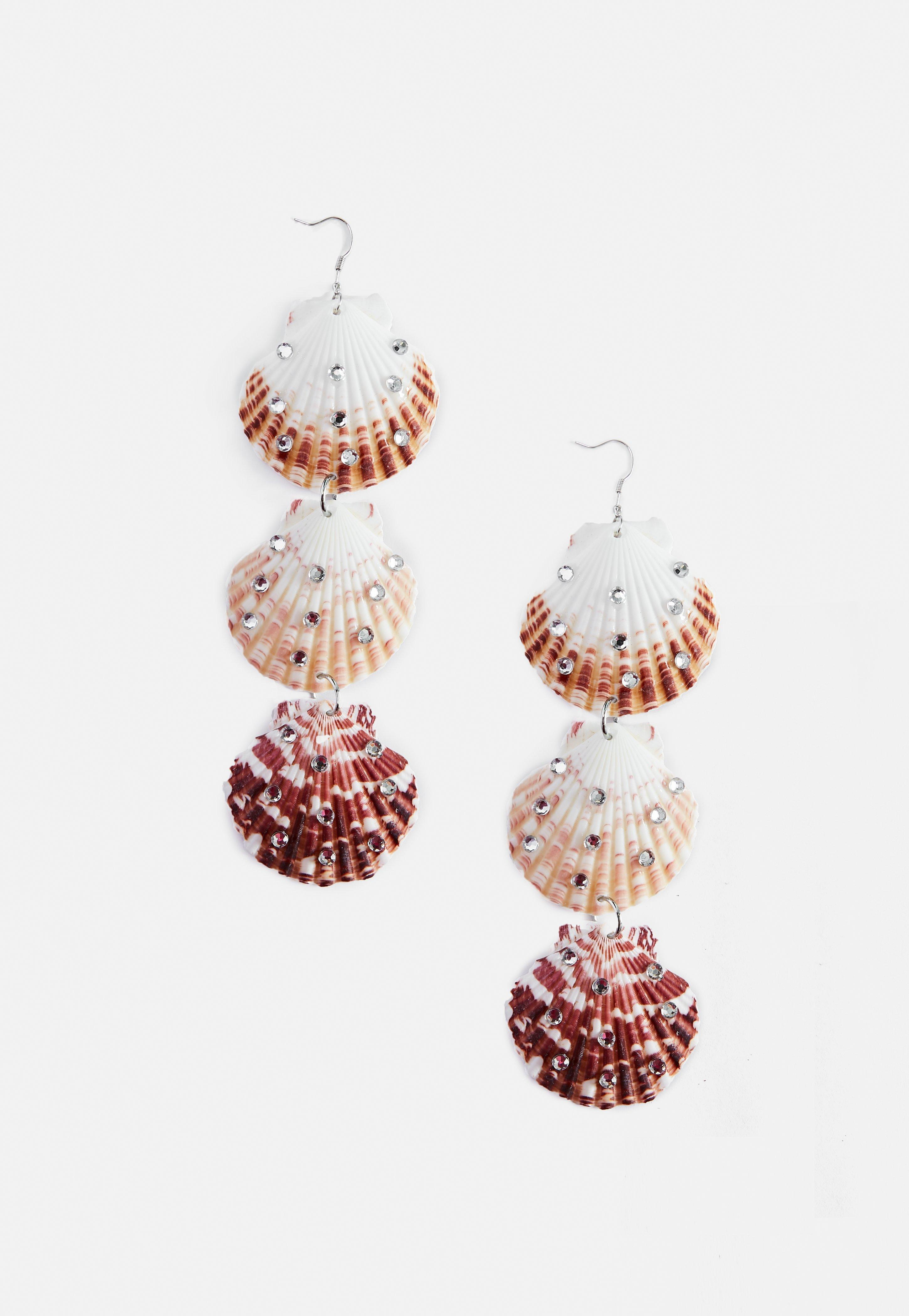 6ffdd99c8 Lyst - Missguided Cream 3 Shell Dropped Earrings in Natural
