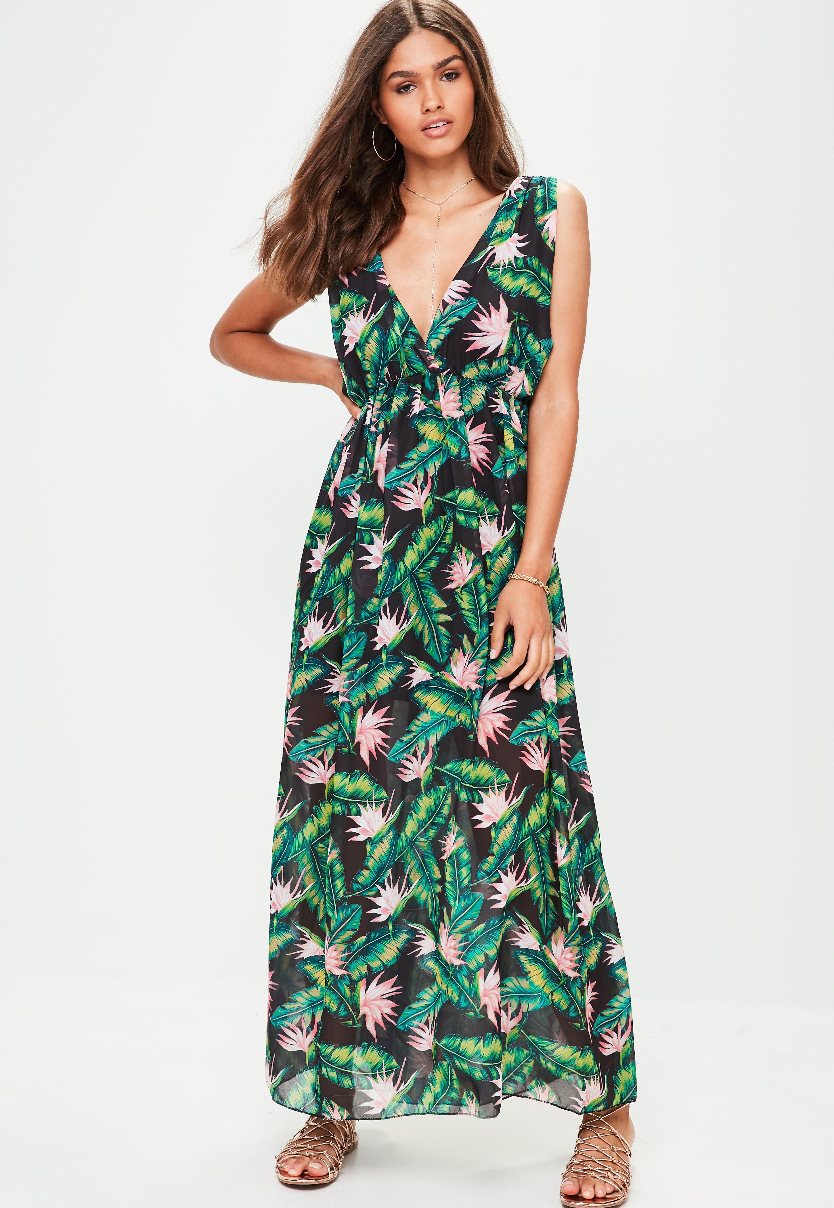 Missguided Black Leaf Print Maxi Dress