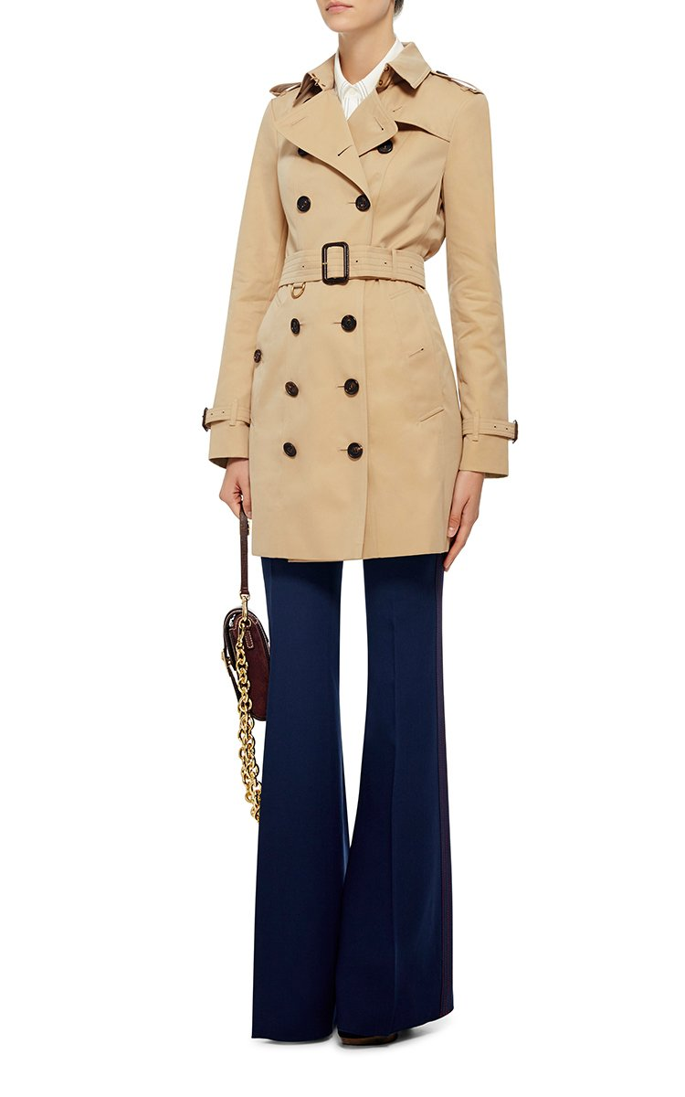 Burberry Sandringham Double Breasted Trench Coat In Beige