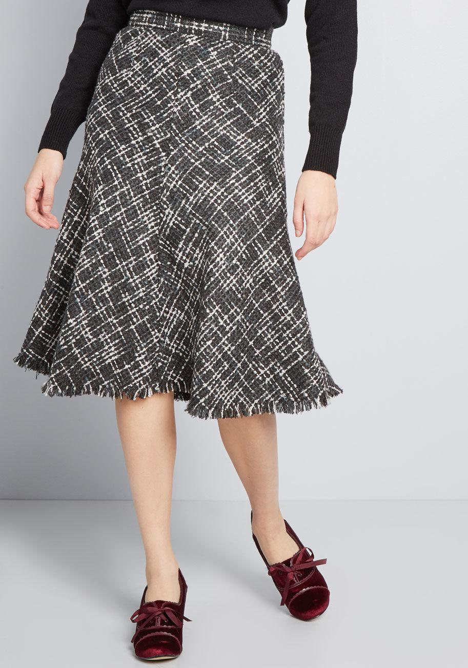 012527ba9 Lyst - ModCloth Gal About Town Tweed Midi Skirt in Black