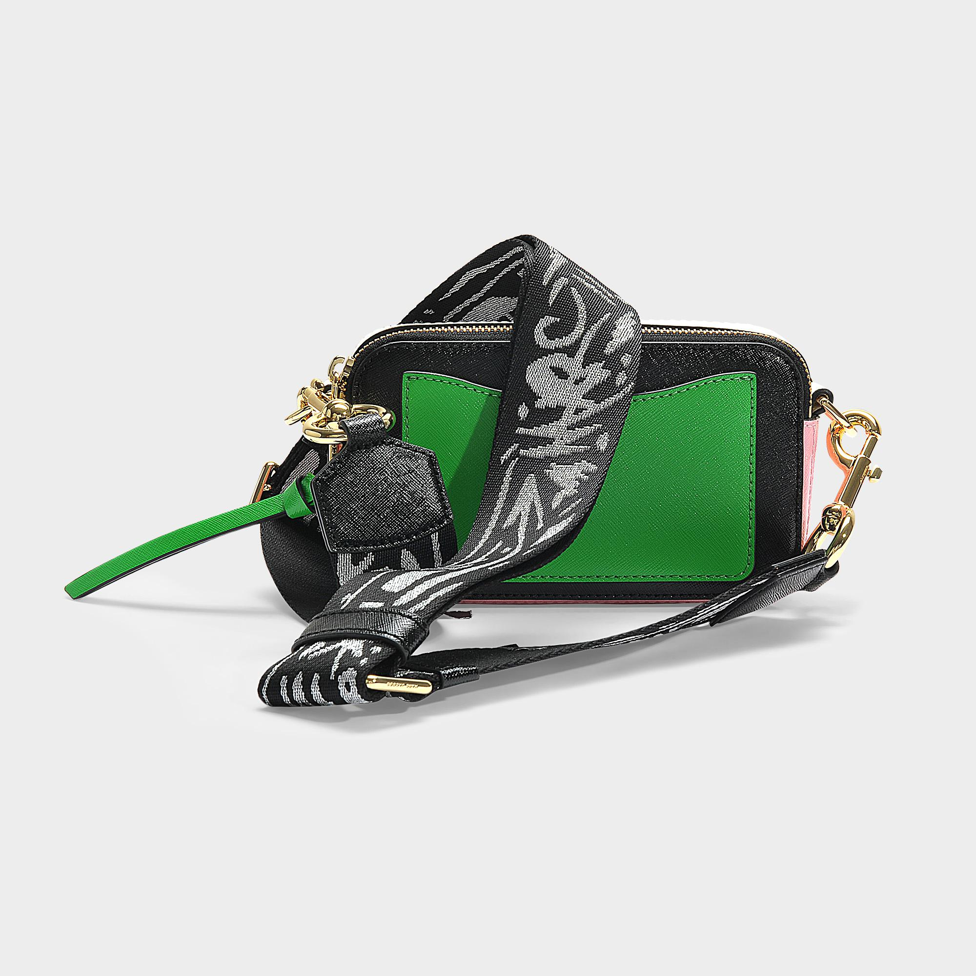 Marc Jacobs Snapshot Crossbody Bag In Black And Pale Pink Polyurethane Coated Calfskin