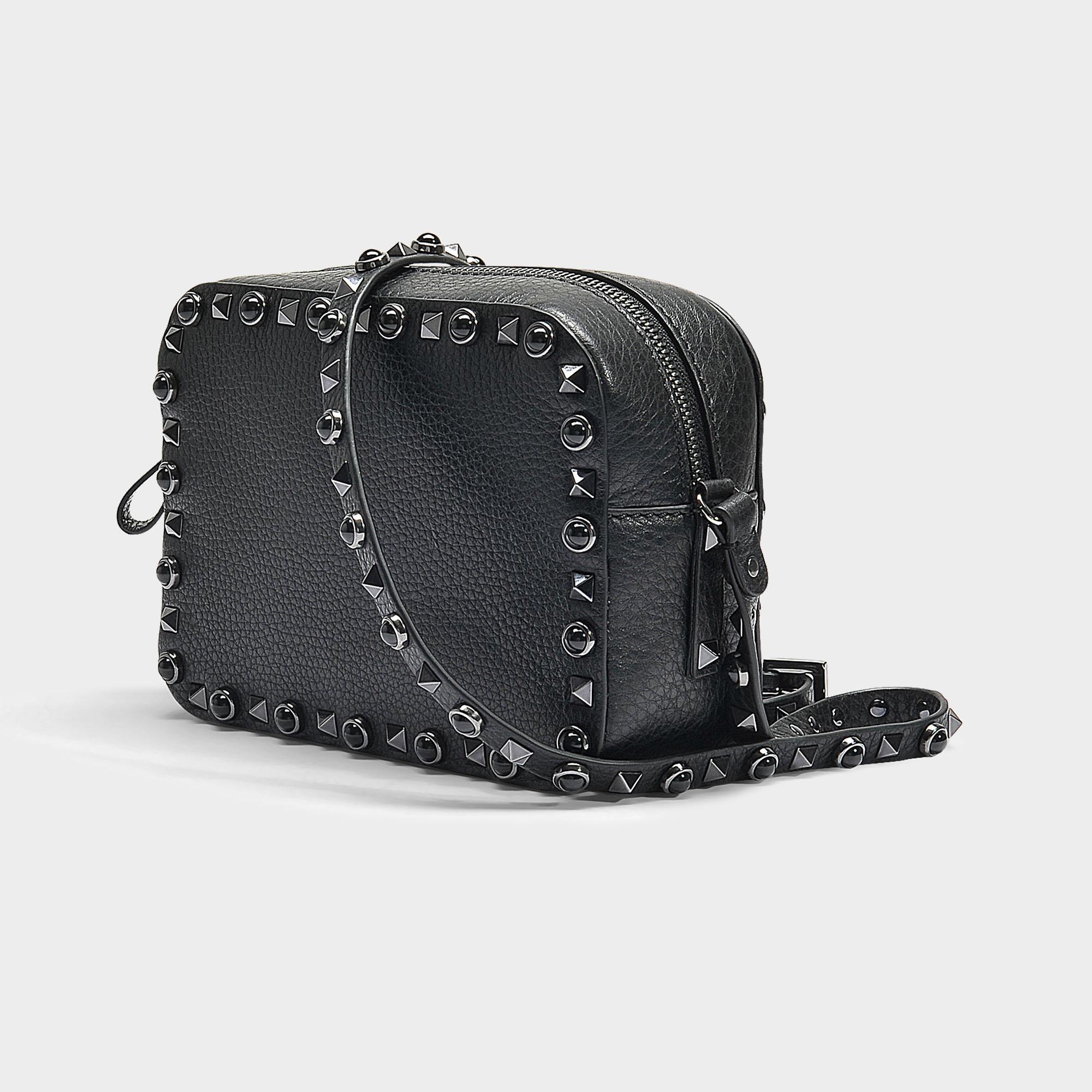 e787c5c3d7e0 Valentino - Rolling Rockstud Camera Bag In Black Grained Calfskin - Lyst.  View fullscreen