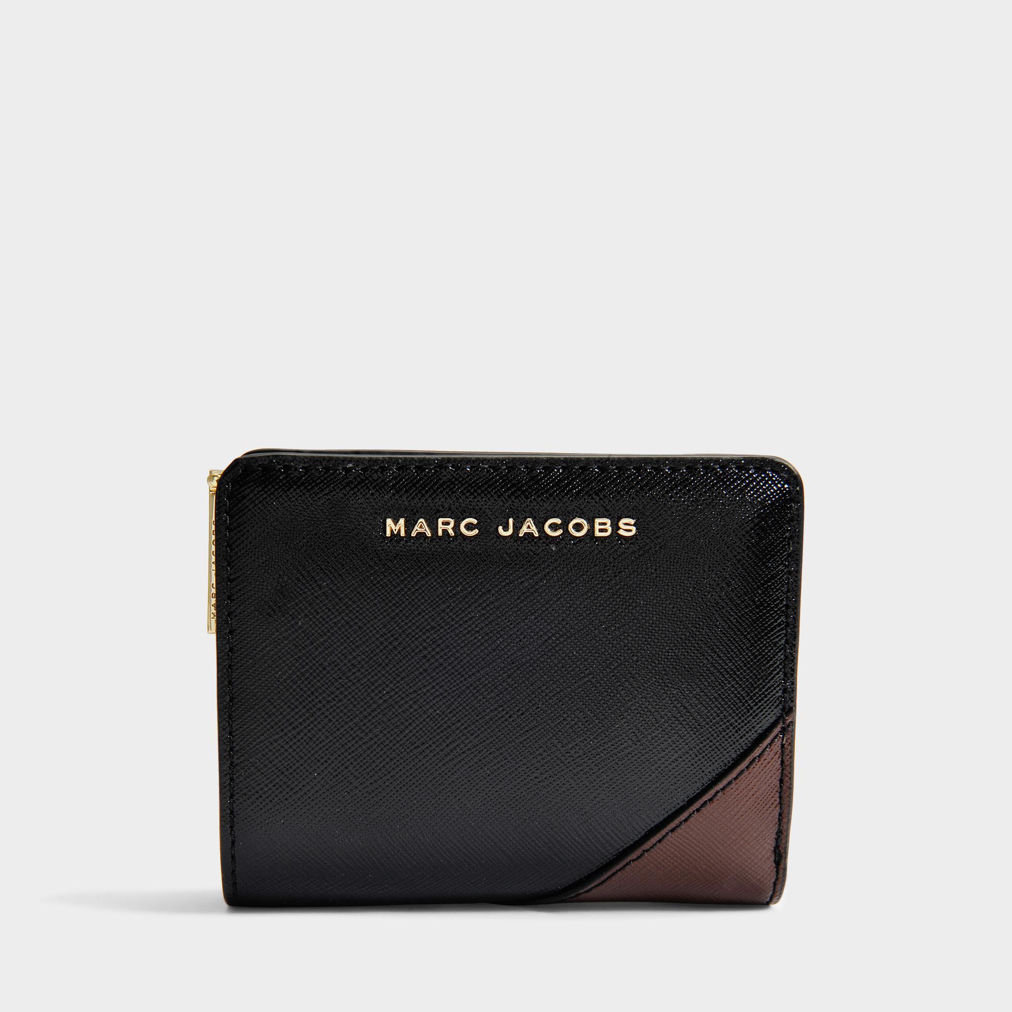 f7e749acc31cf Lyst - Marc Jacobs Portemonnaie Mini Compact Saffiano Metallic in ...