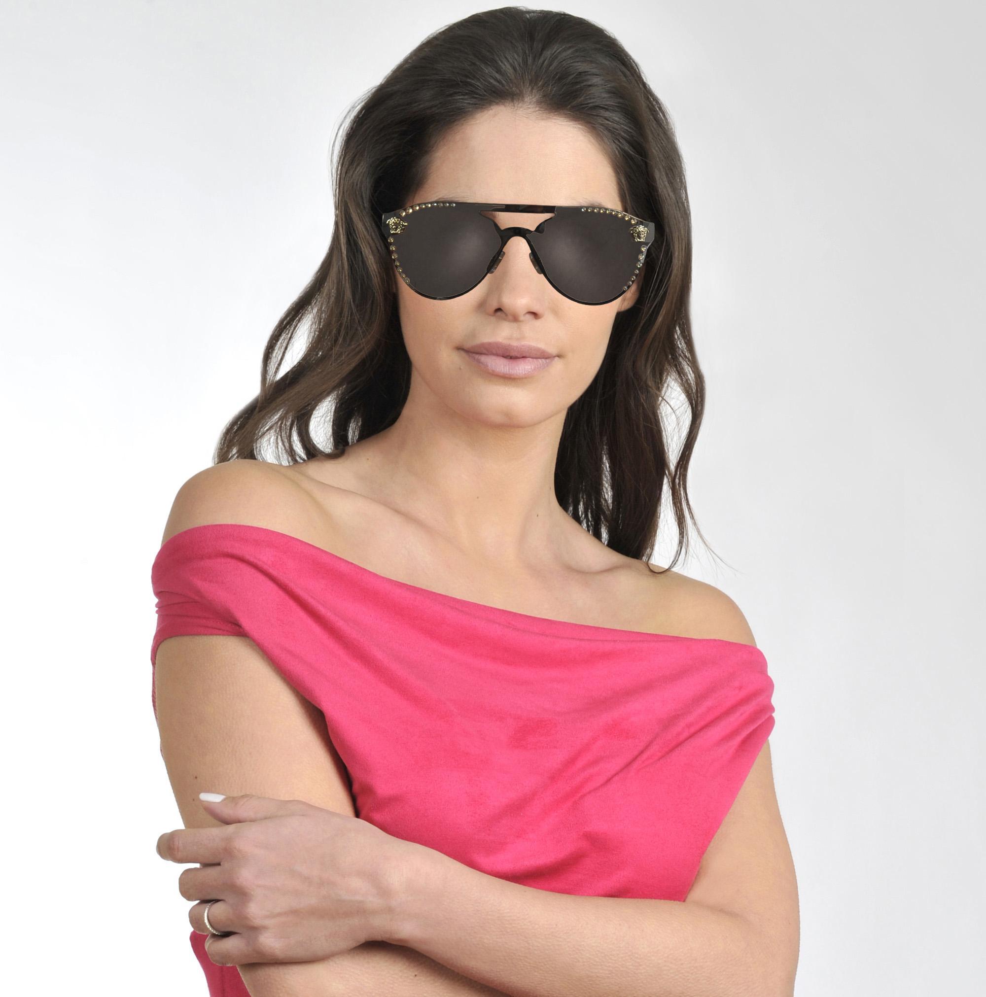 d307d68d39 Lyst - Versace Glam Medusa Sunglasses In Metallic Metal