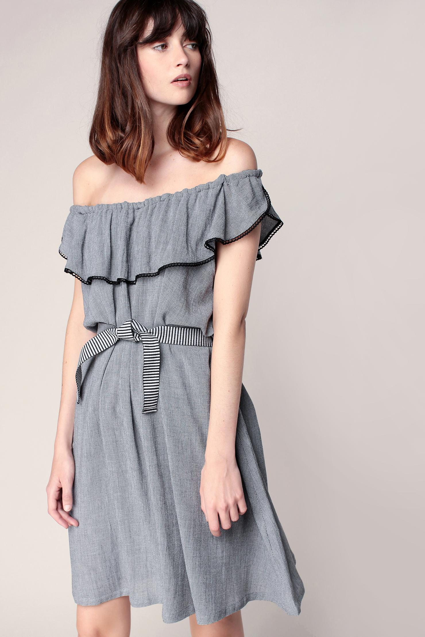 Pair grey summer dresses from Ever-Pretty with your favorite wedge or heel for the perfect evening look. Shop now for cute styles at affordable prices.
