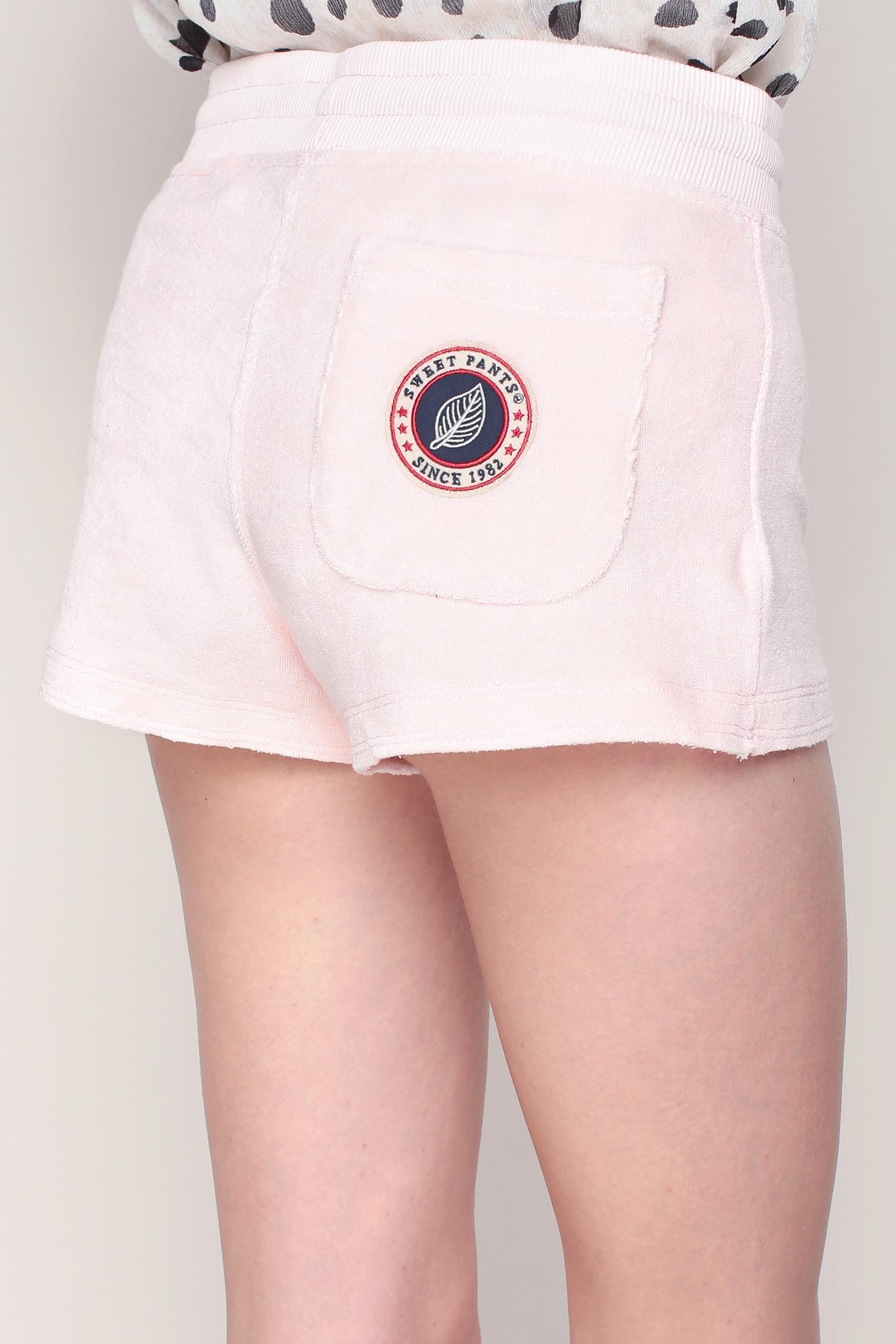 lyst sweet pants short short in pink. Black Bedroom Furniture Sets. Home Design Ideas
