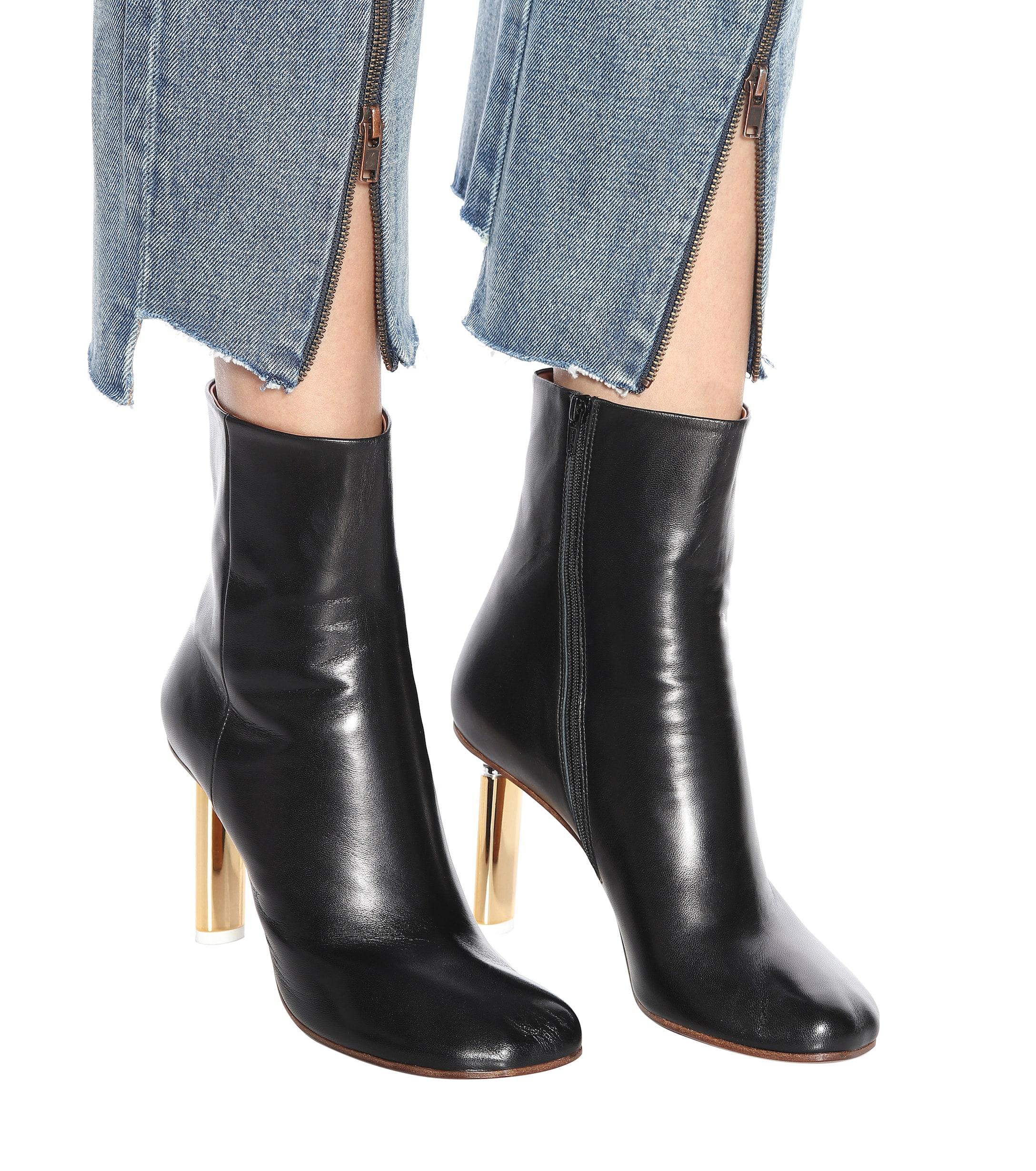 Leather ankle boots Vetements de color Negro