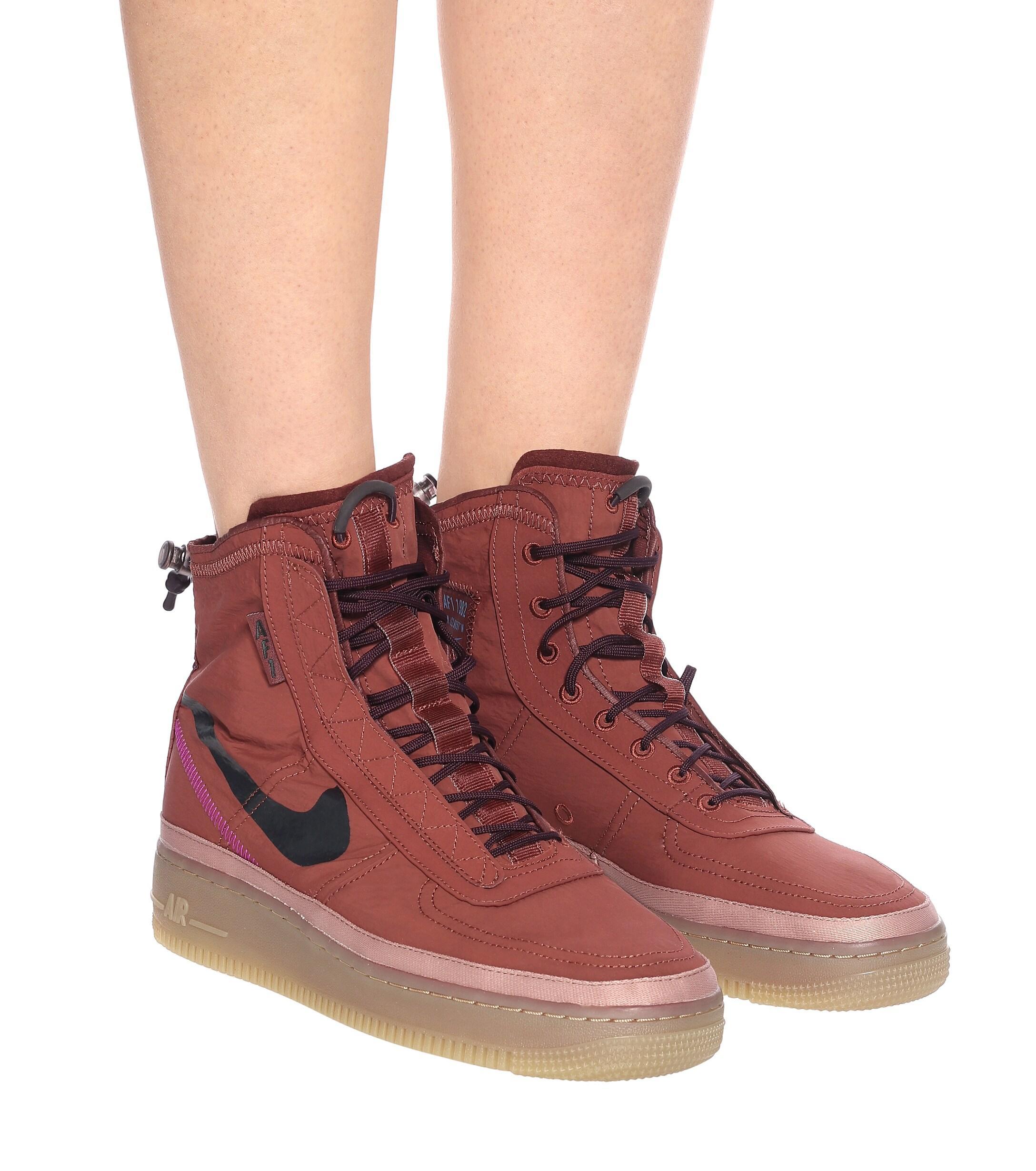 Baskets montantes Air Force 1 Shell Nike en coloris Rouge - Lyst