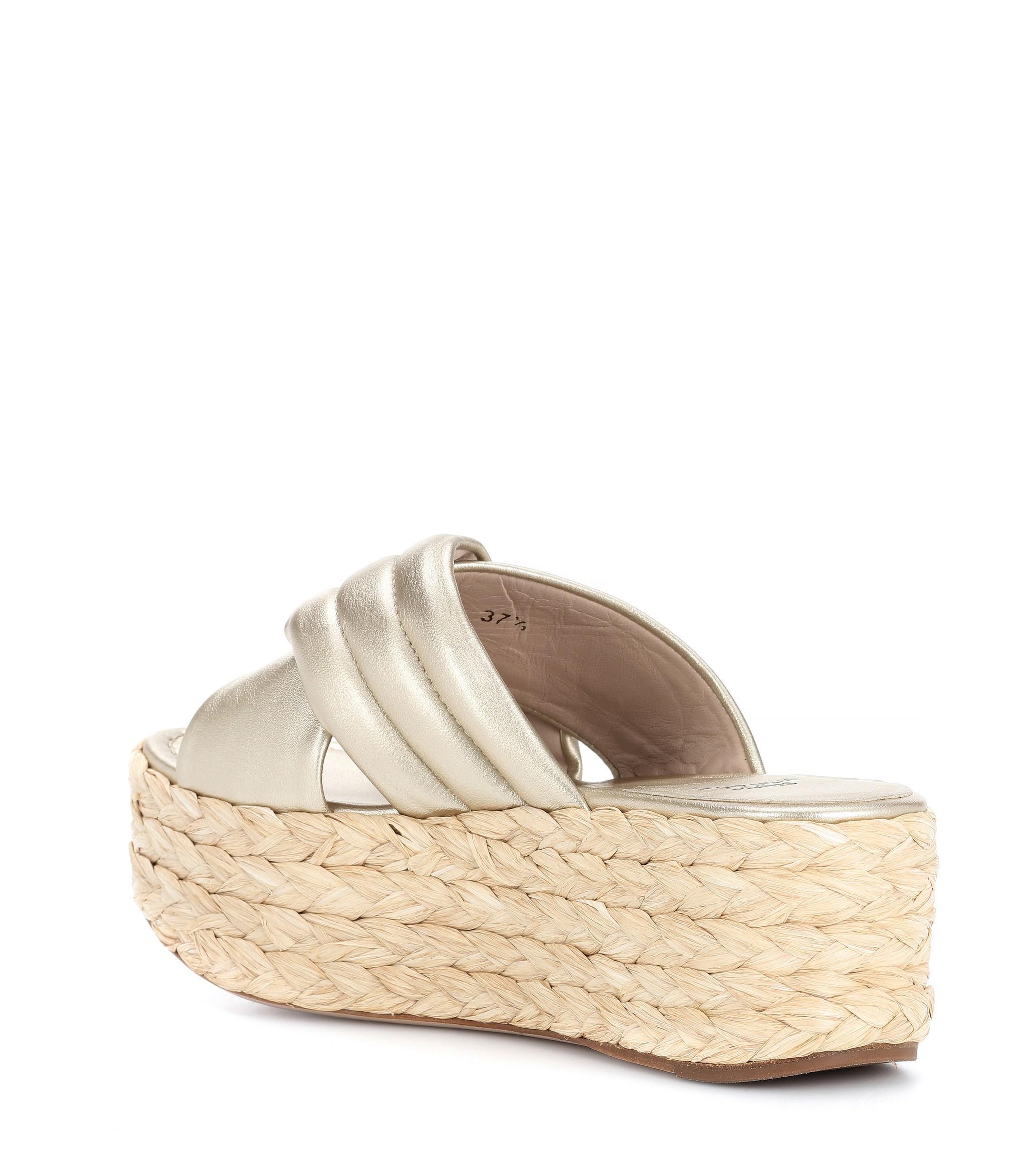 5ae2d815b64 Lyst - Stuart Weitzman Pufftopraffia Leather Platform Sandals in ...