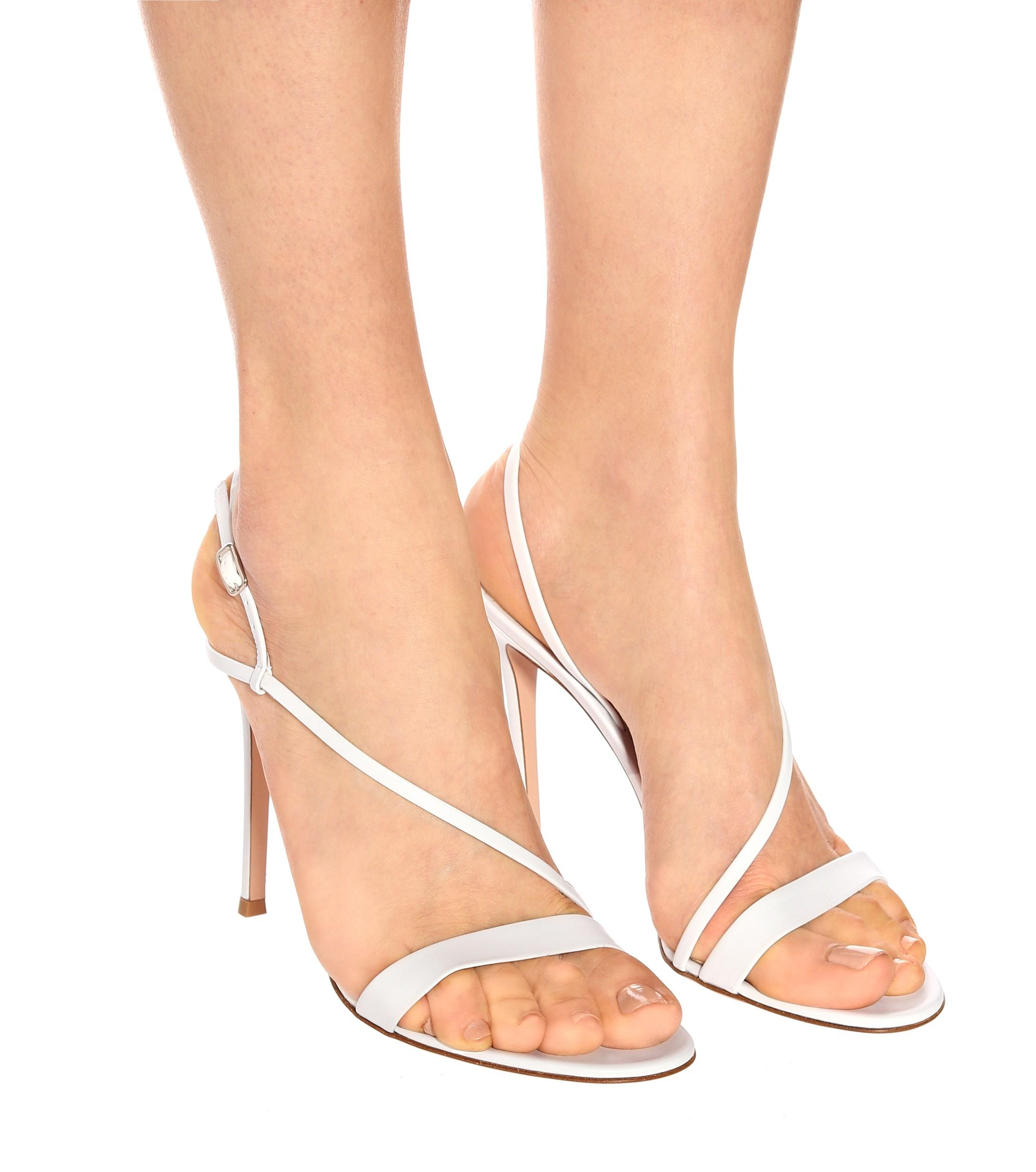 33ab7277f3a Lyst - Gianvito Rossi Manhattan Leather Sandals in White