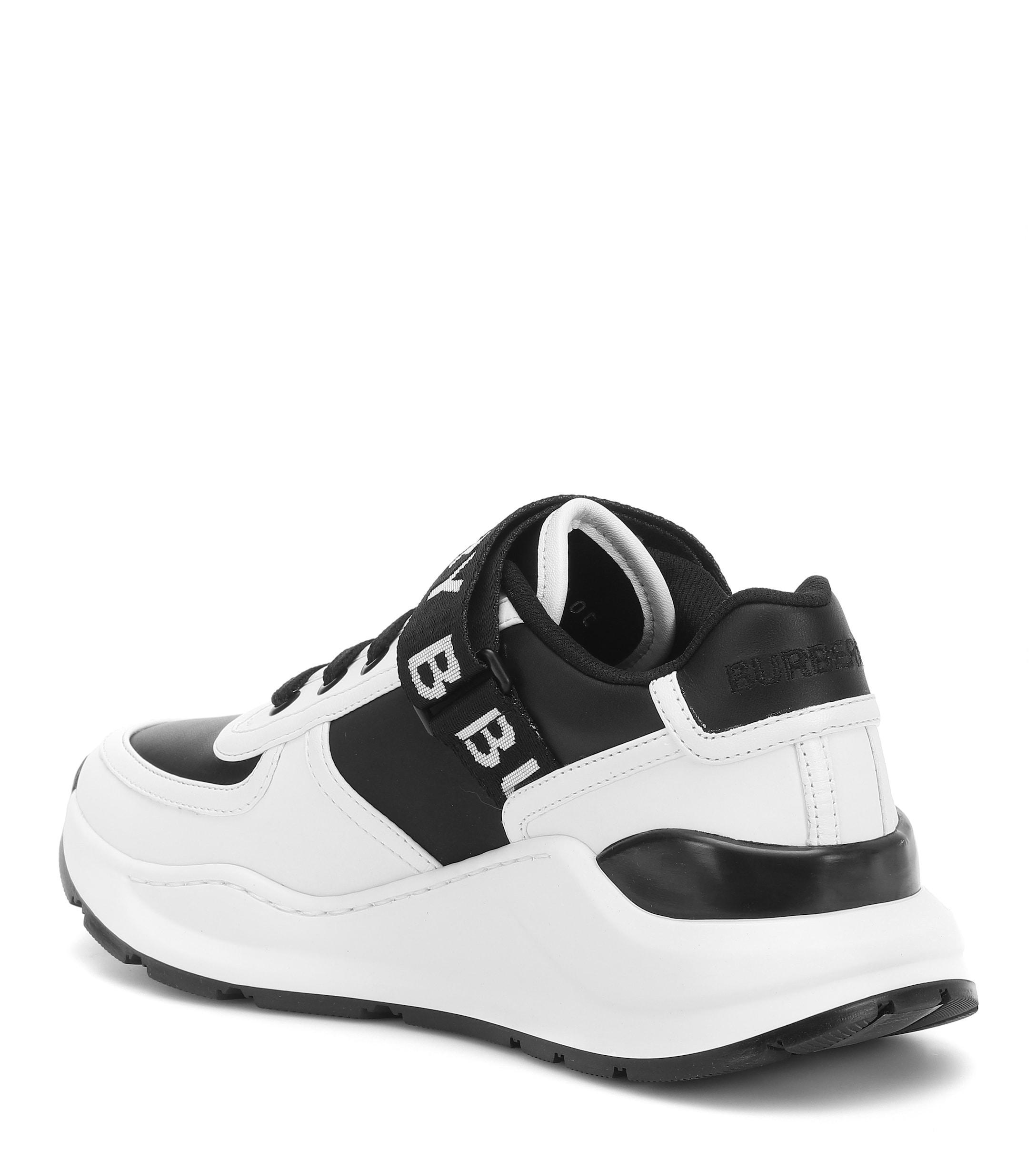 Sneakers De Piel Con Correa Burberry de Cuero de color Blanco