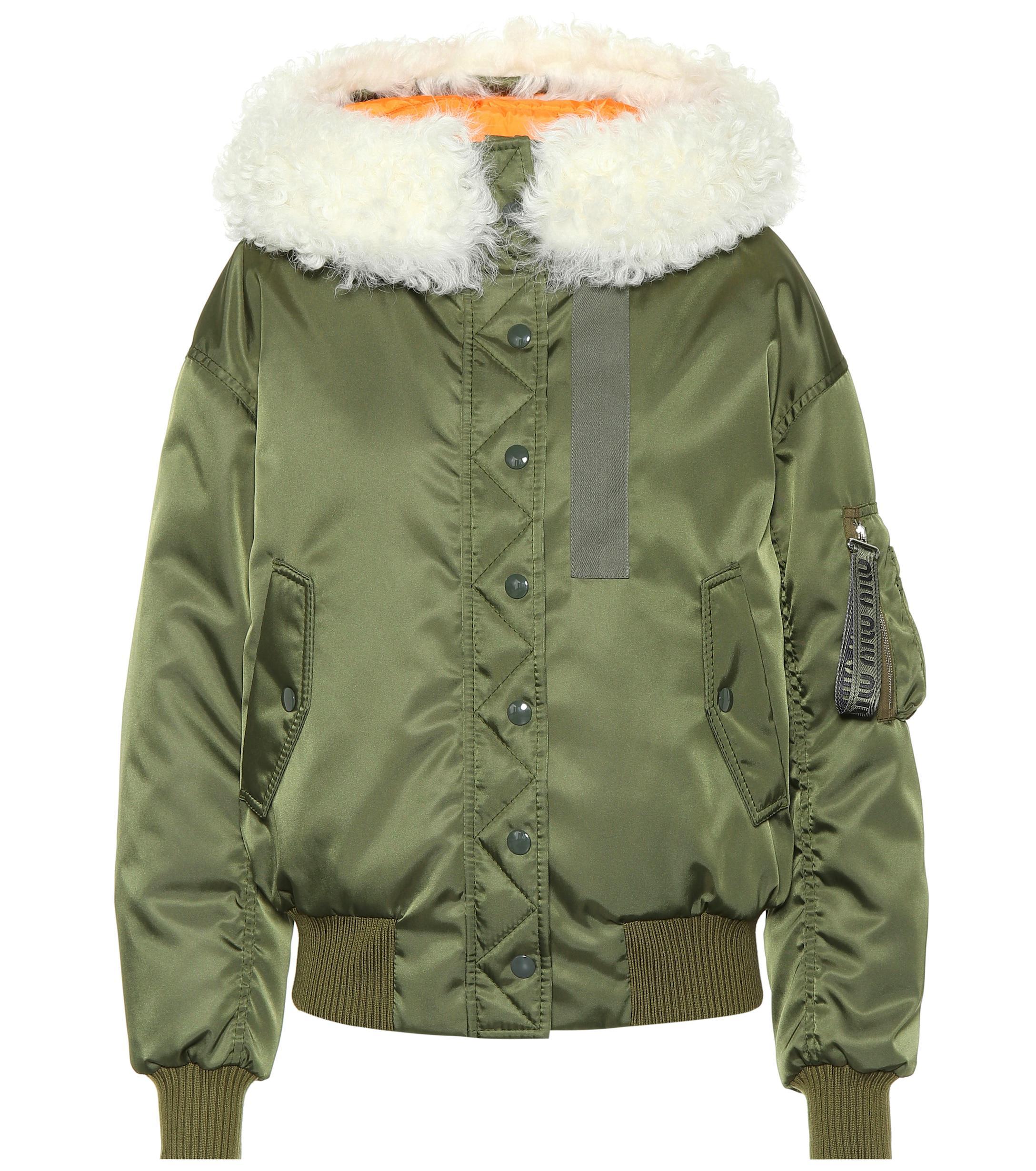 Que significa sonar con abrigo verde