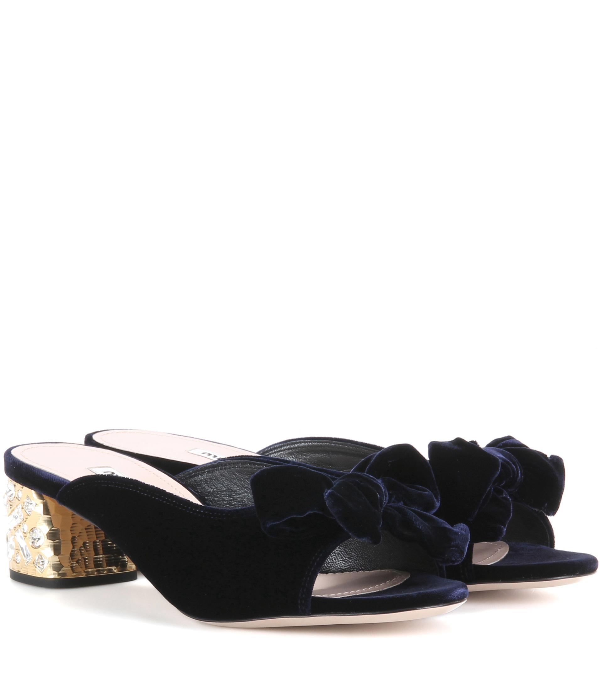 Miu Miu Embellished velvet sandals GFEJDeekf