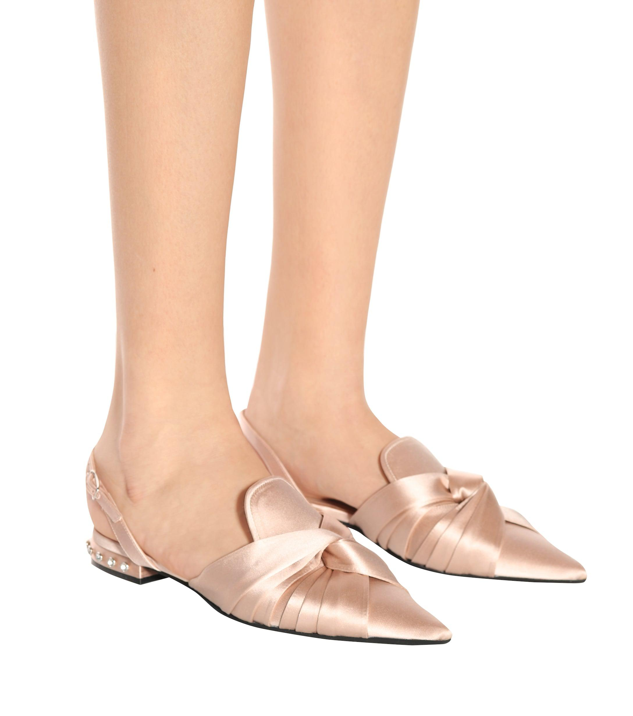 Bailarinas de satén con talón al descubierto N°21 de Raso