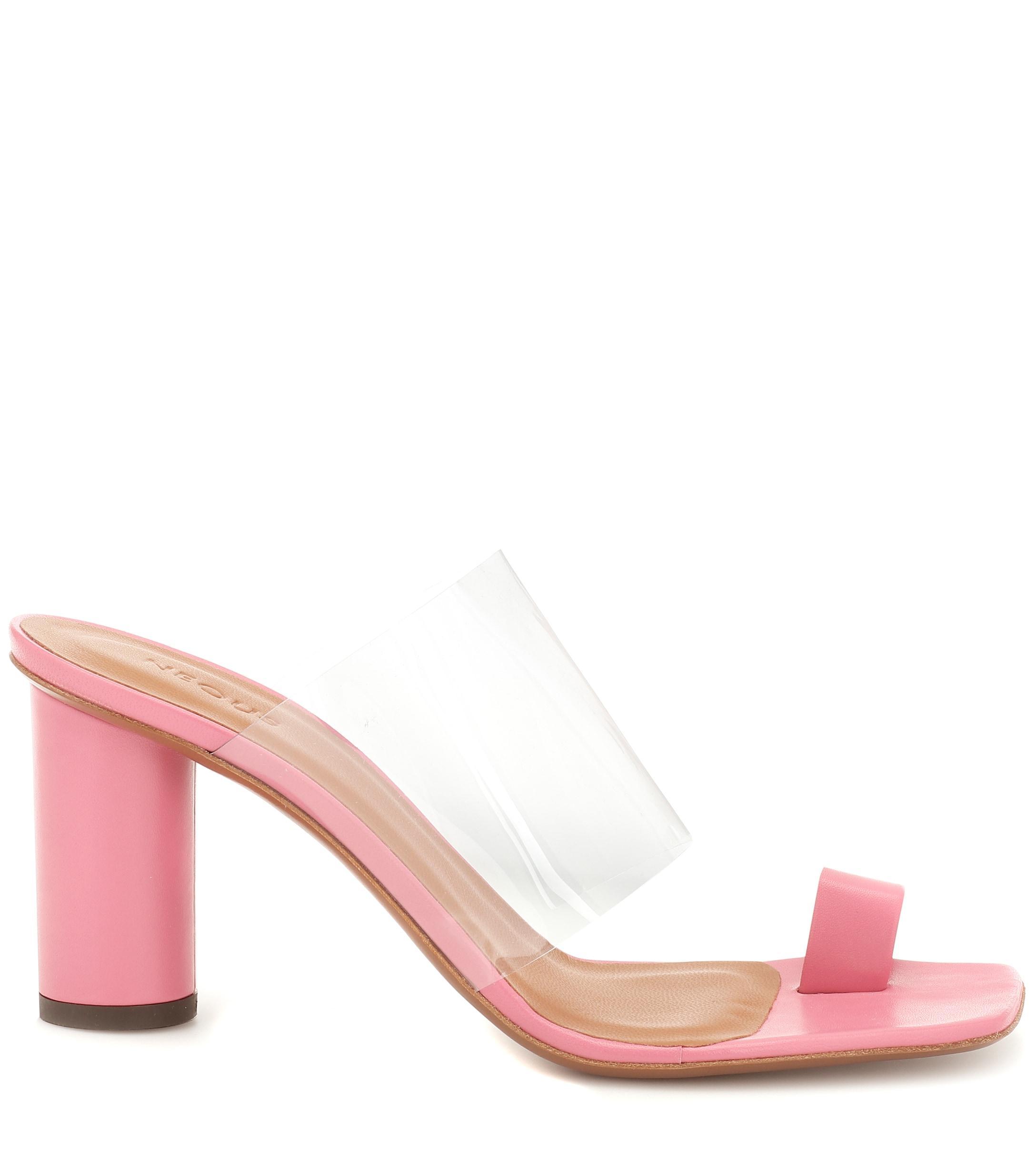 Exclusivité Mytheresa �?Mules Chost en cuir et PVC Cuir Neous en coloris Rose
