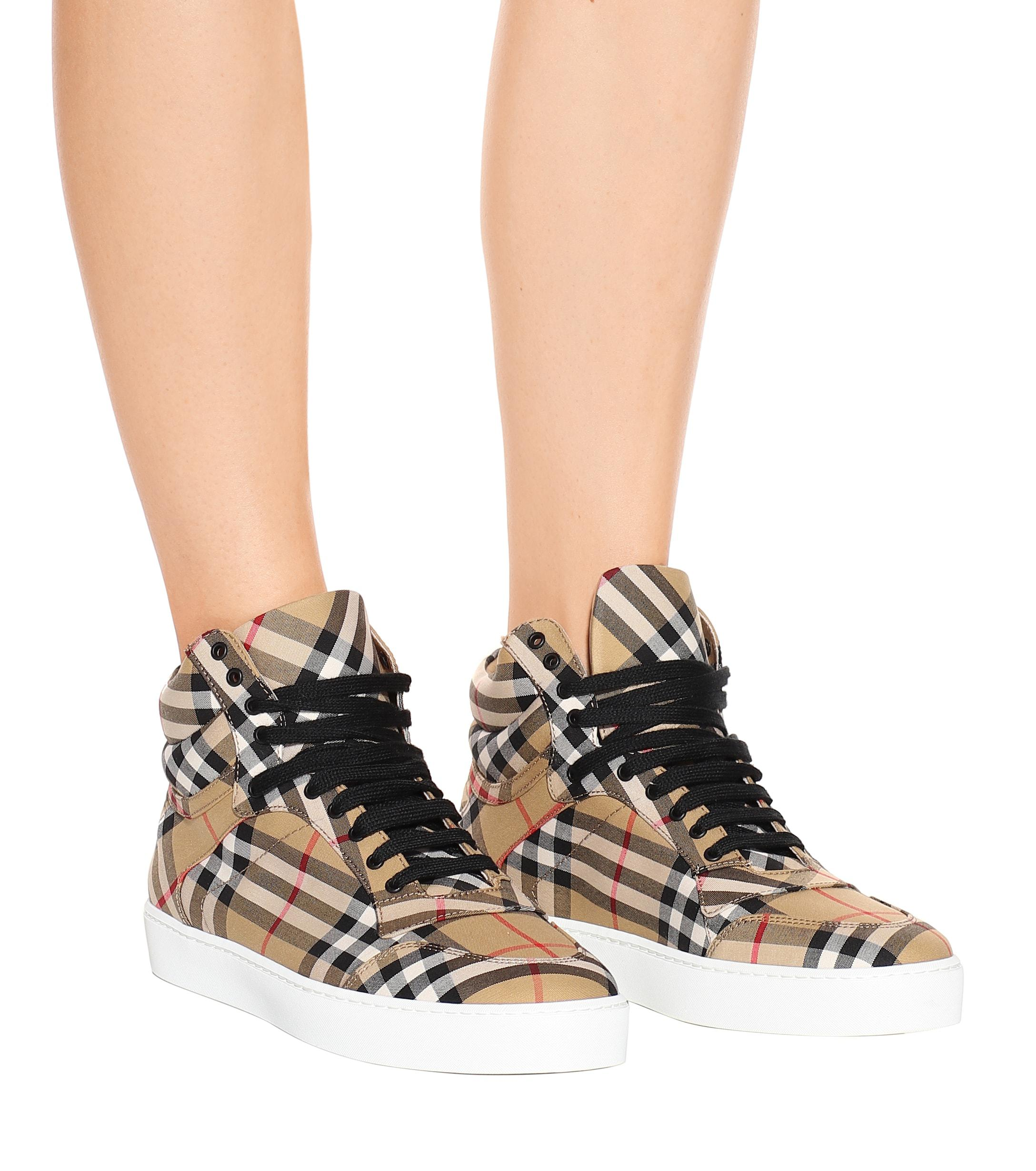 Burberry Rubber Check High-top Sneakers in Beige (Natural)