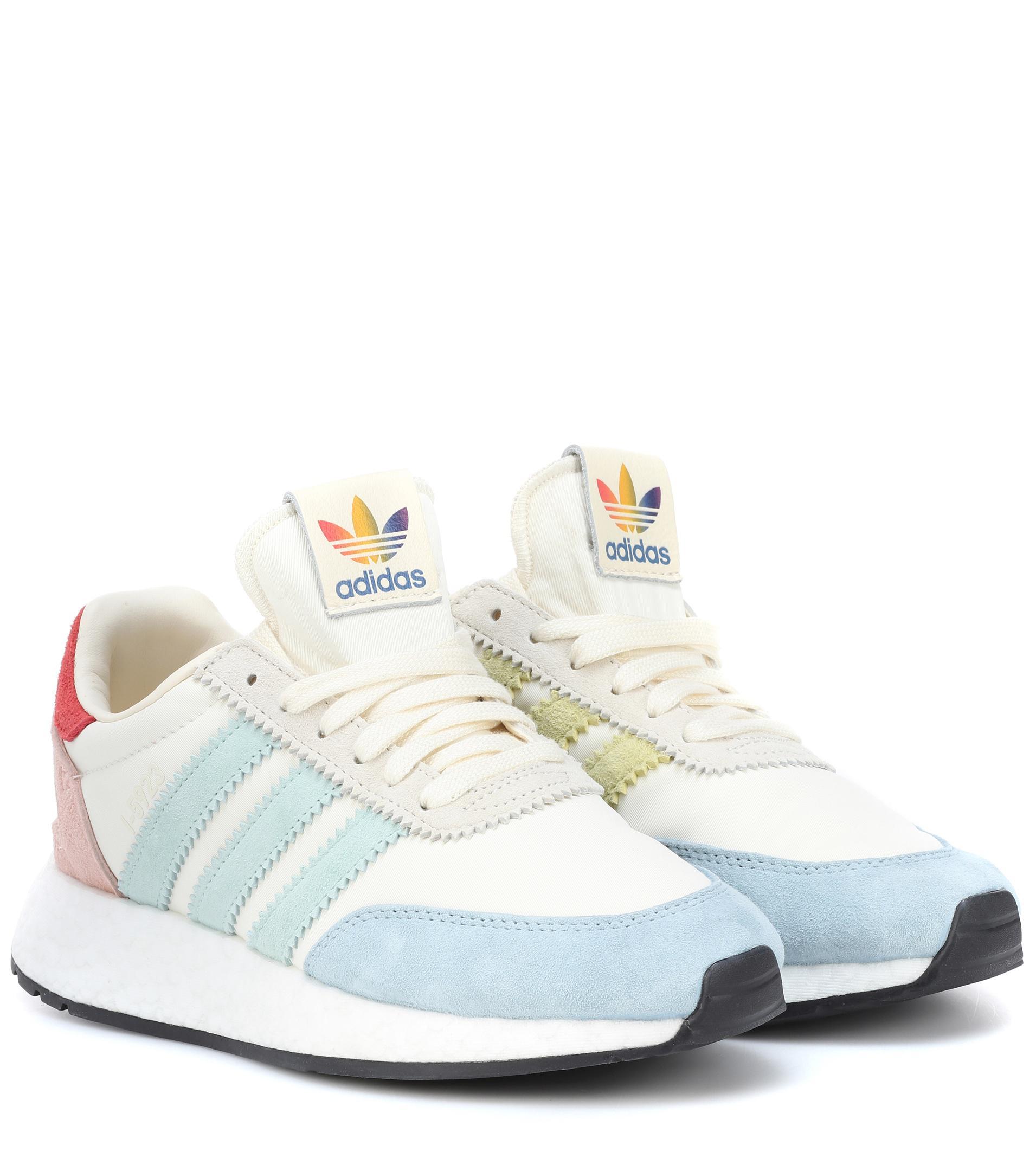 huge selection of 43848 31d54 adidas Originals I-5923 Runner Pride Sneakers in White - Lys