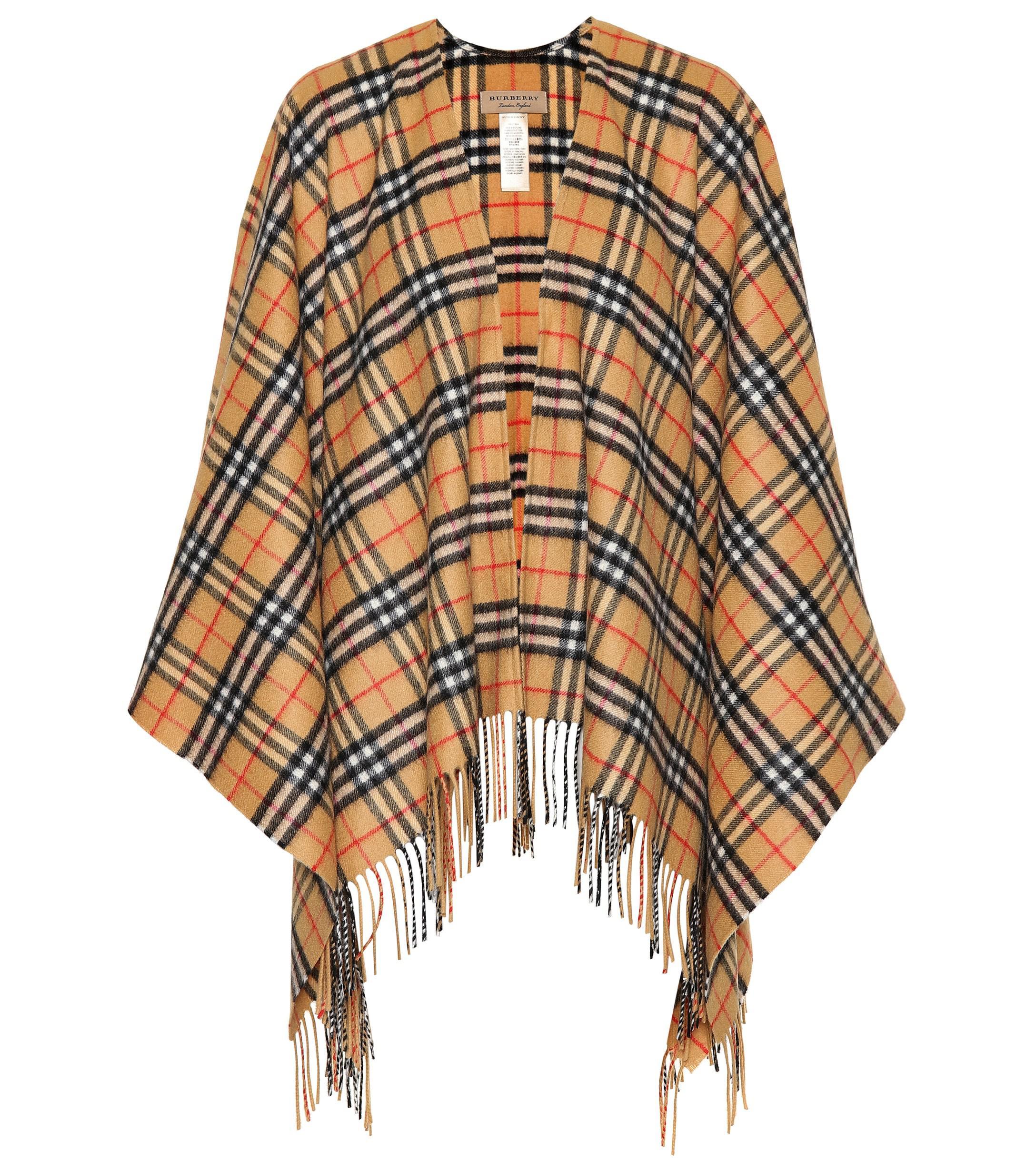 6a25fe8a8a22 Lyst - Cape à carreaux en laine et cachemire Vintage Check Burberry