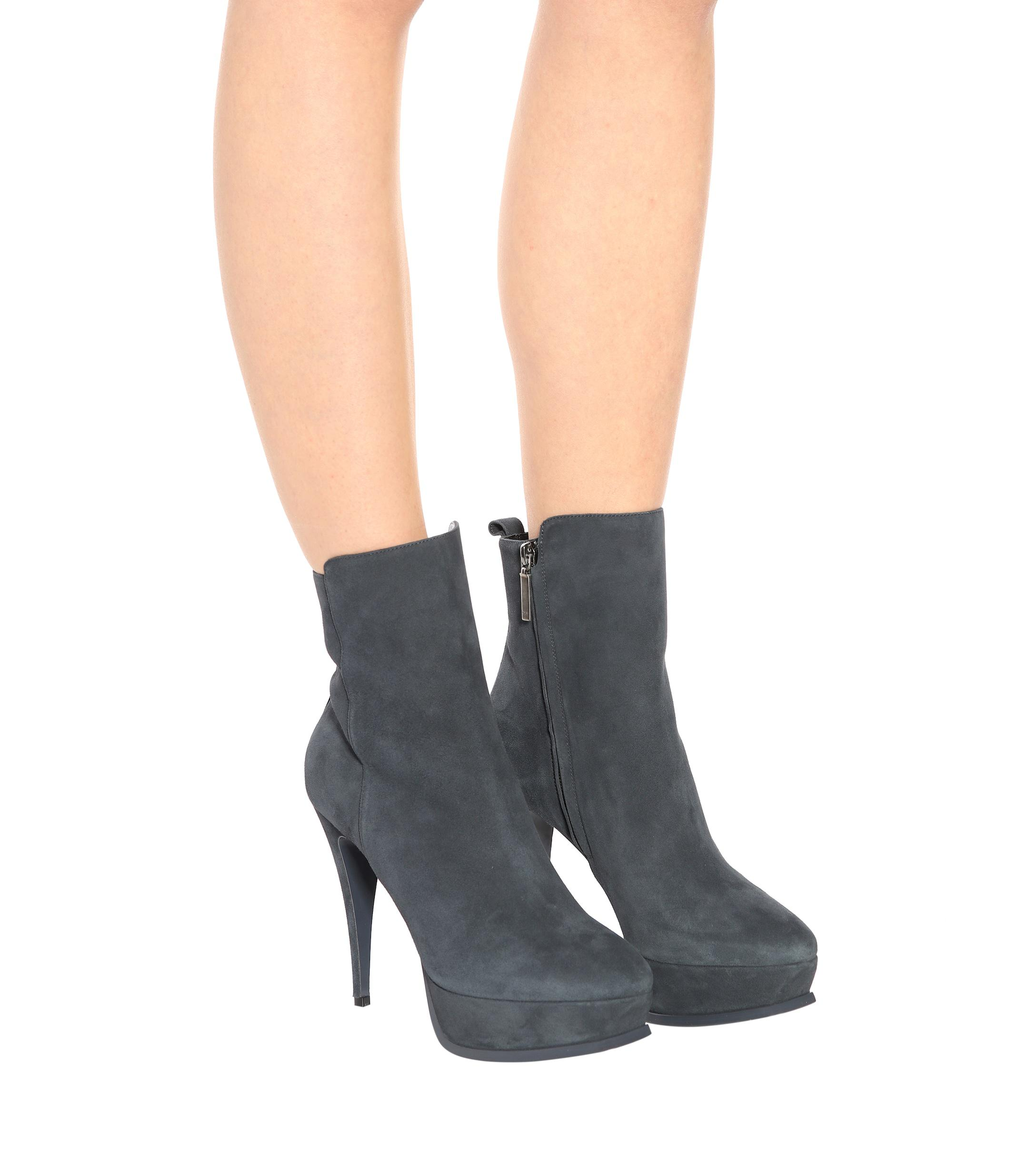 99a81395 Lyst - Saint Laurent Tribute 90 Suede Ankle Boots