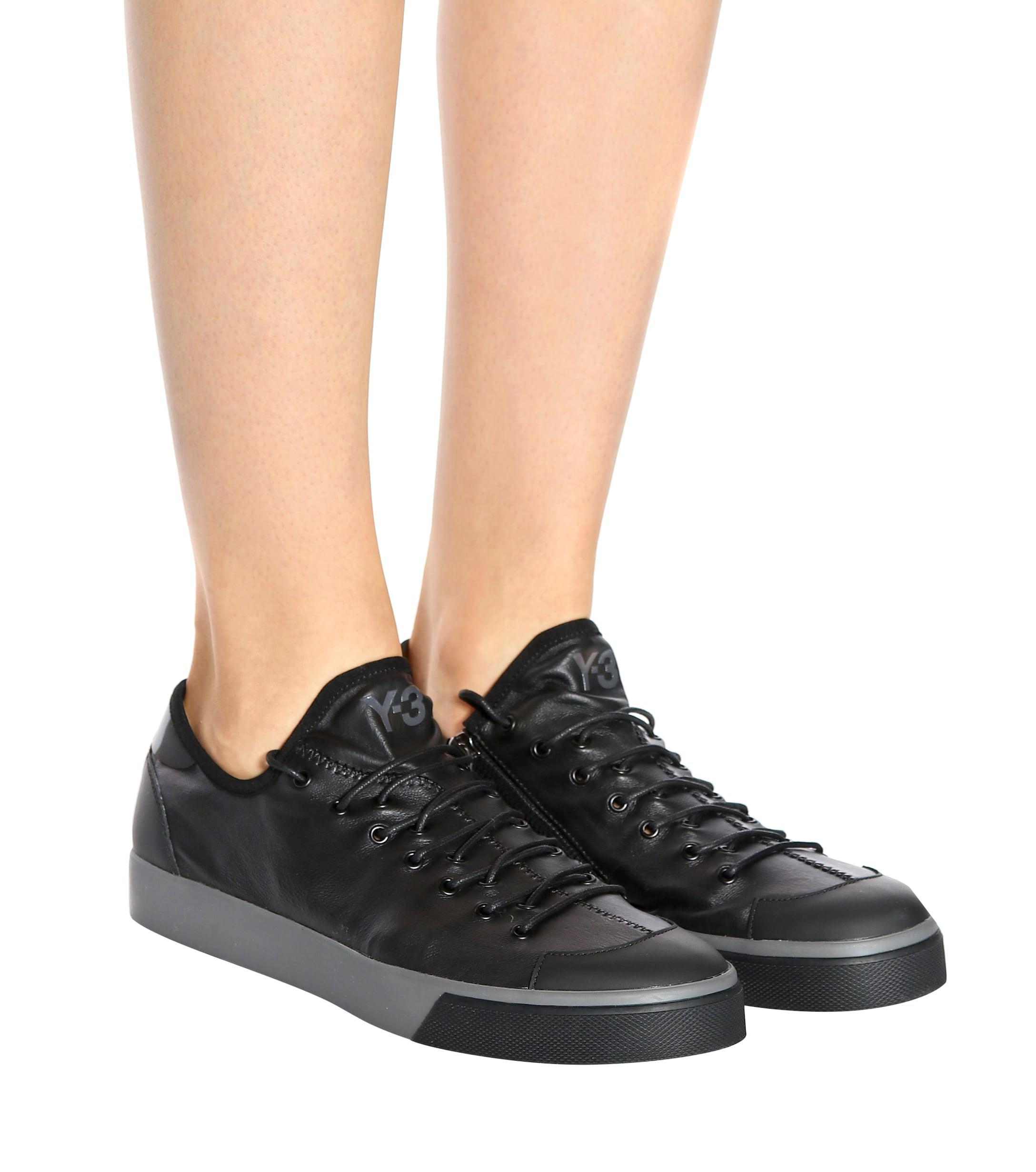 Y-3 Sen Low Leather Sneakers in Black