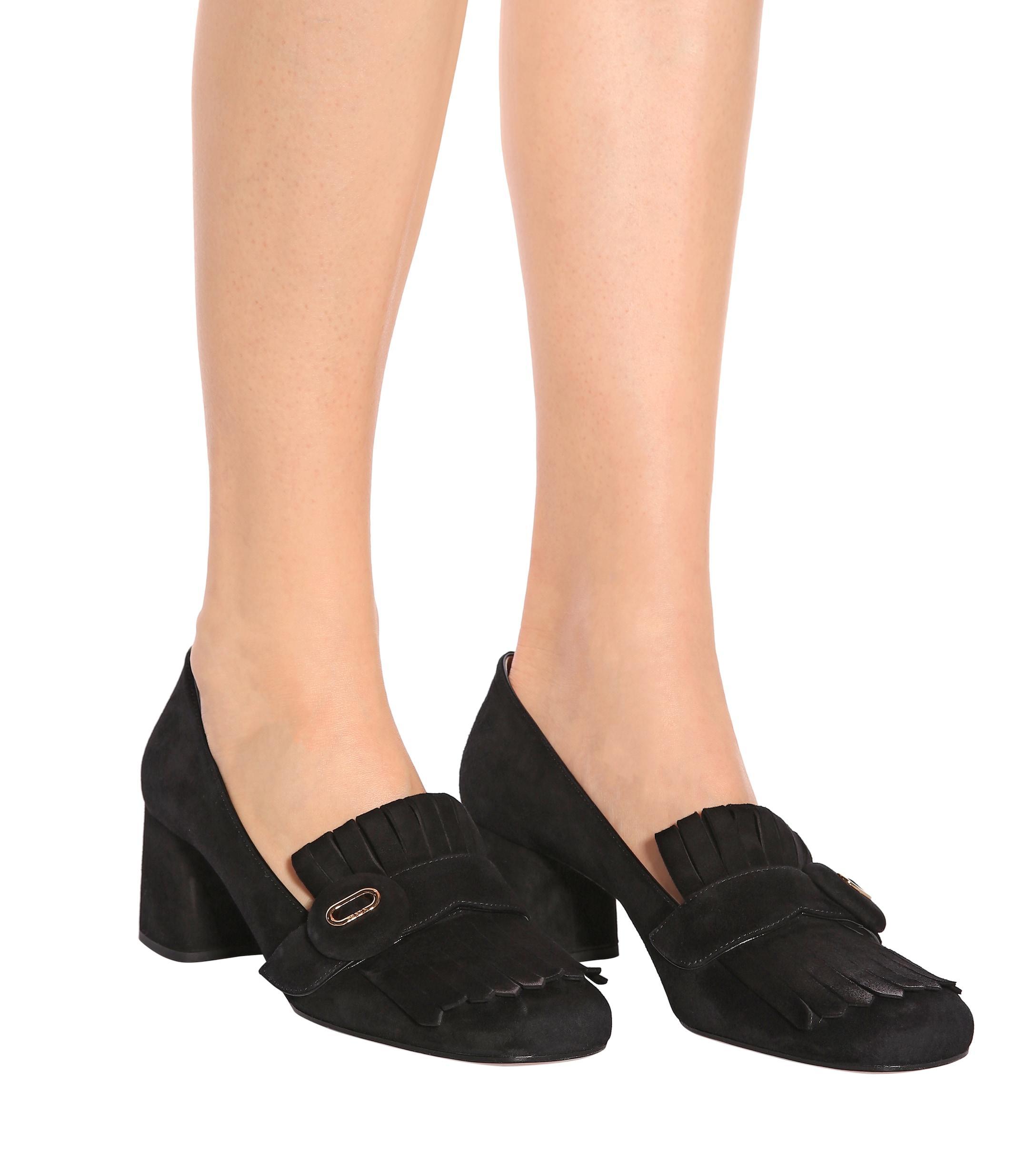 Mocasines de gamuza con tacón alto Prada de Ante de color Negro