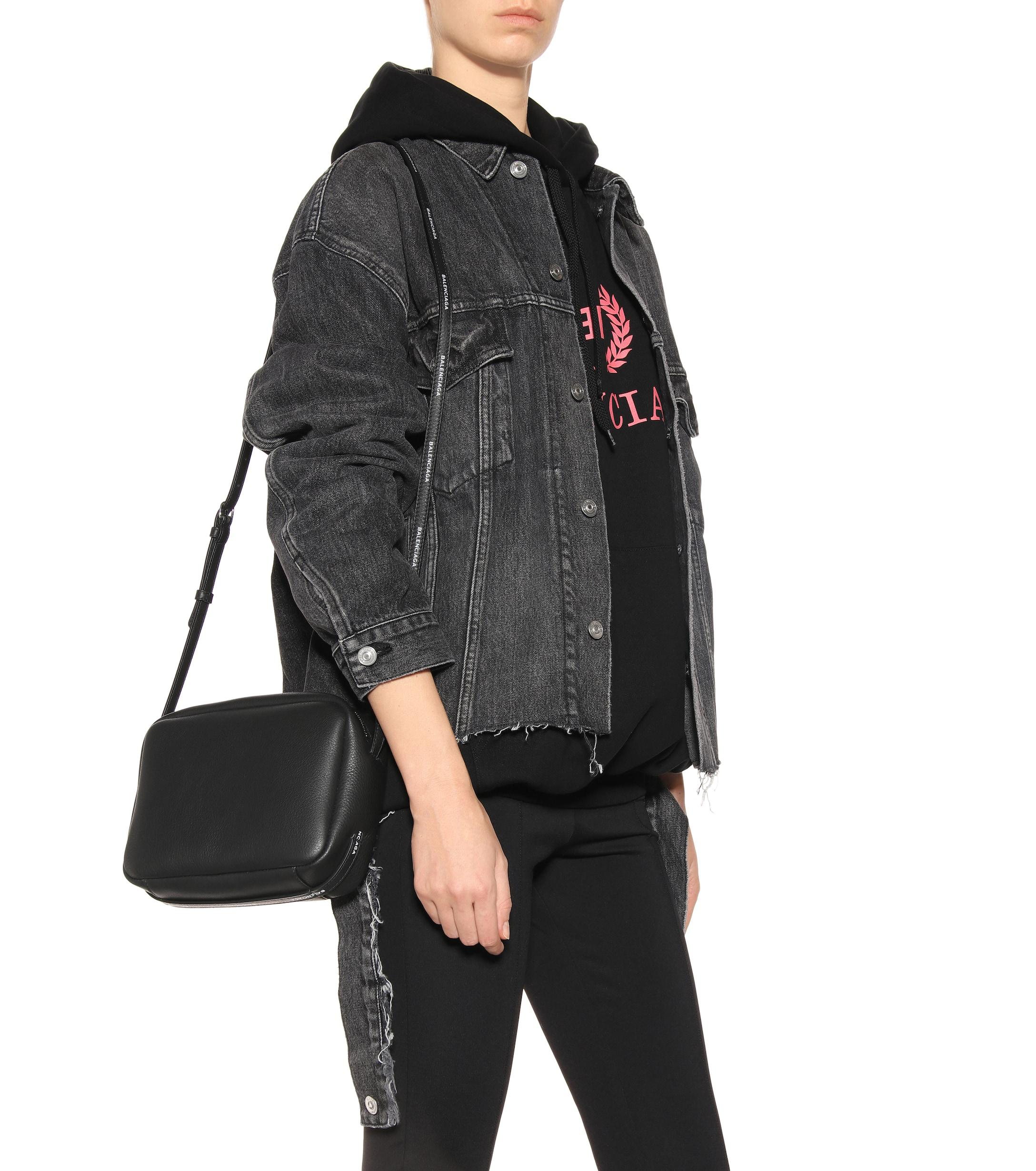 a2c7429293748 Balenciaga - Black Everyday Leather Crossbody Bag - Lyst. View fullscreen