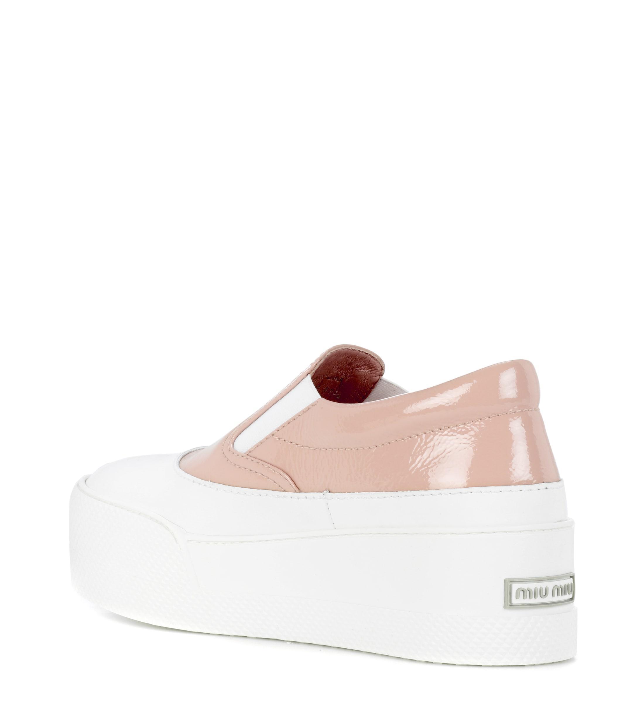 Zapatillas con plataforma sin cordones Miu Miu de Cuero de color Rosa