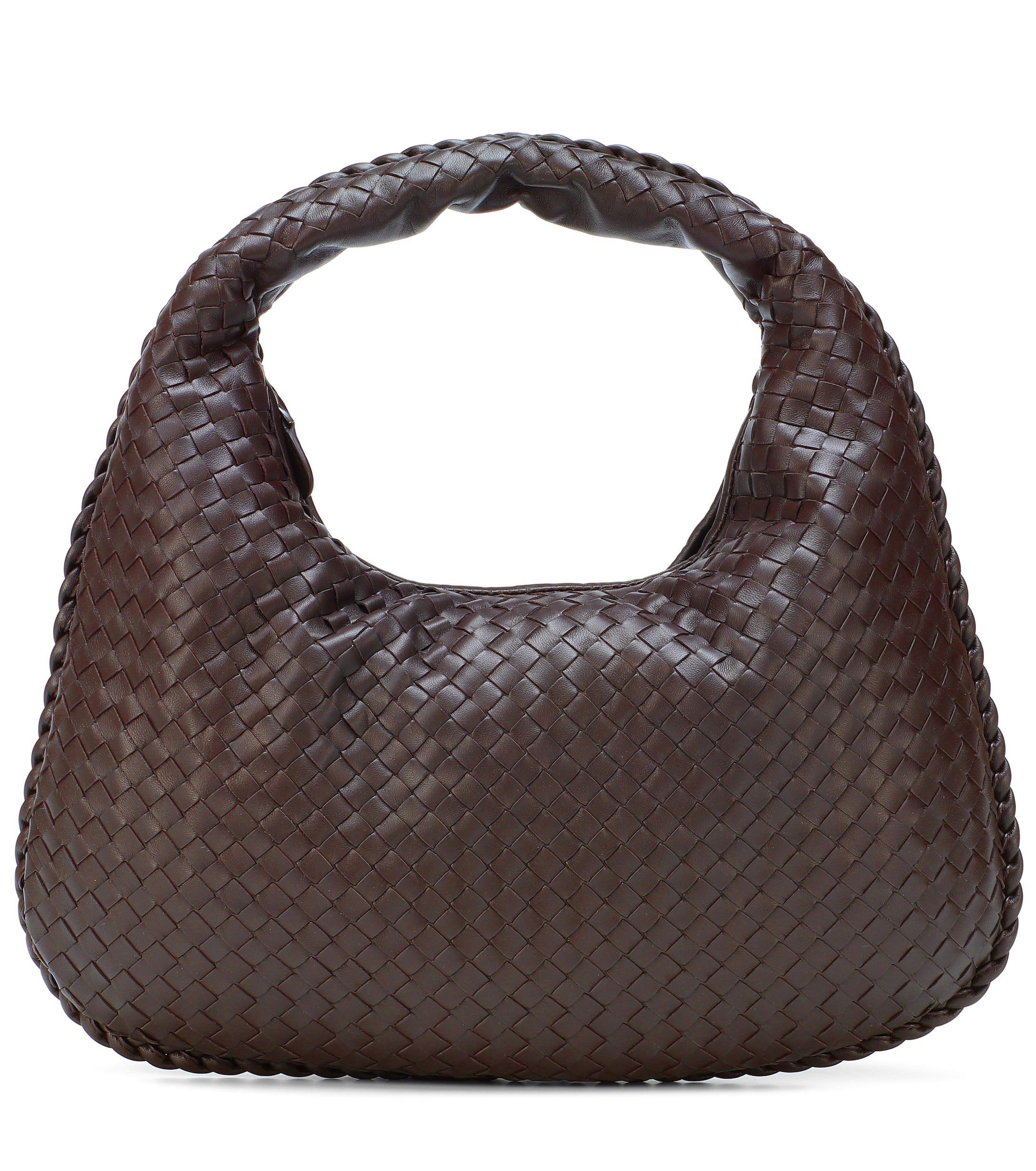 Bottega Veneta Veneta Medium Leather Shoulder Bag in Brown - Lyst 4de26c7f147d2