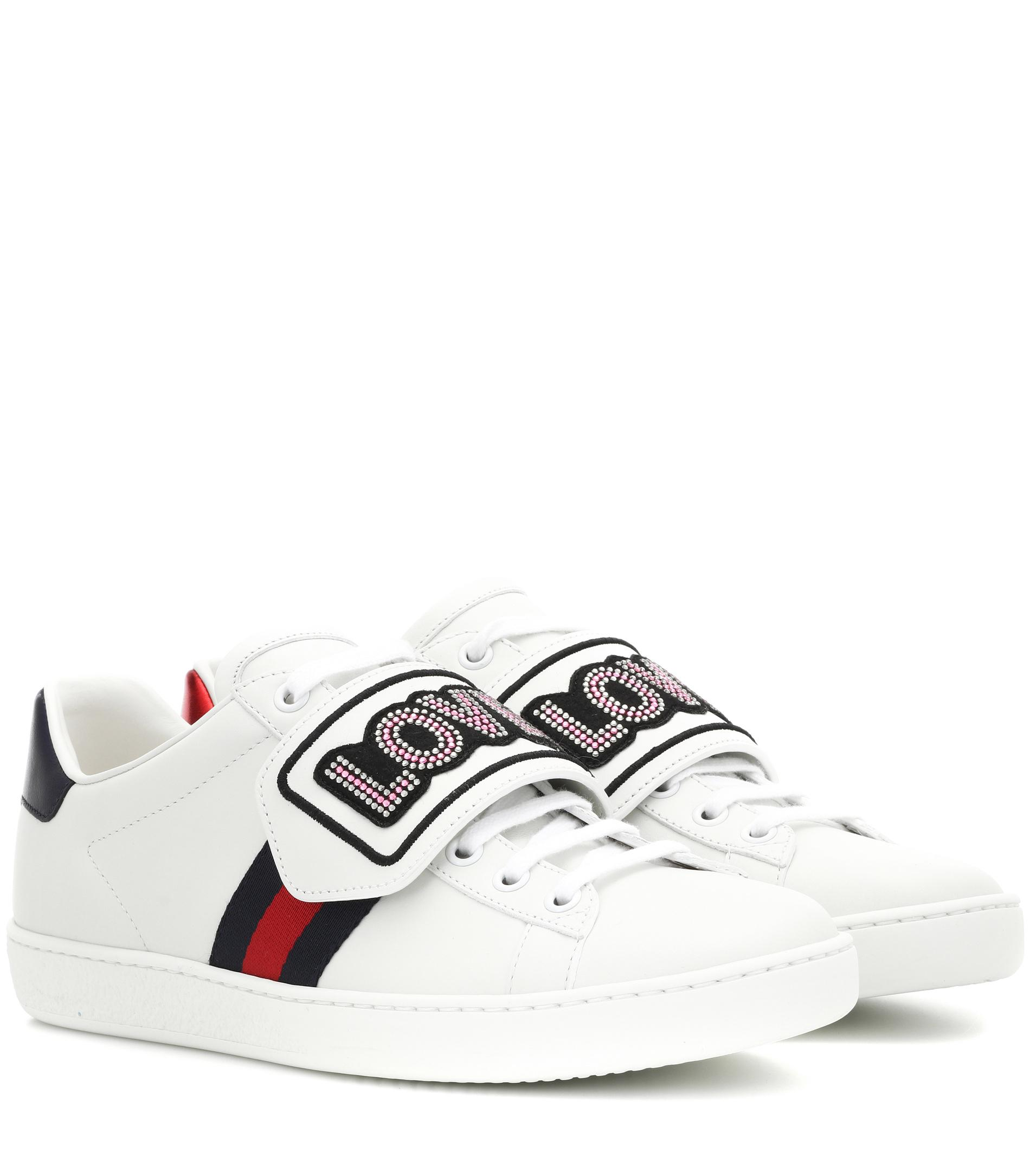 Sneaker ACE Kalbsleder Gucci Webdetails Logo Patch weiß Gucci iQcqrEe