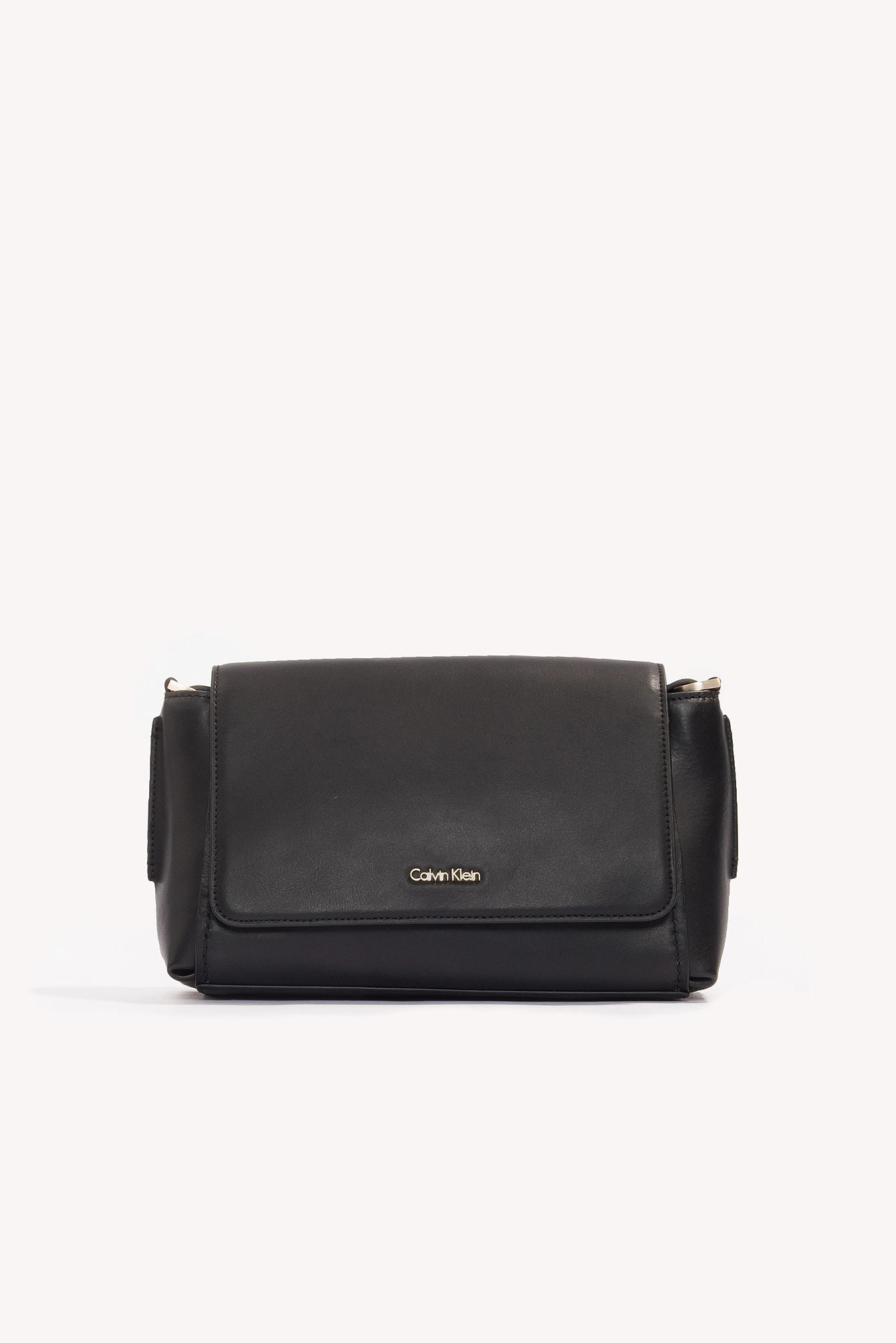 b5ec00c20a Gallery. Previously sold at: NA-KD · Women's Calvin Klein Crossbody