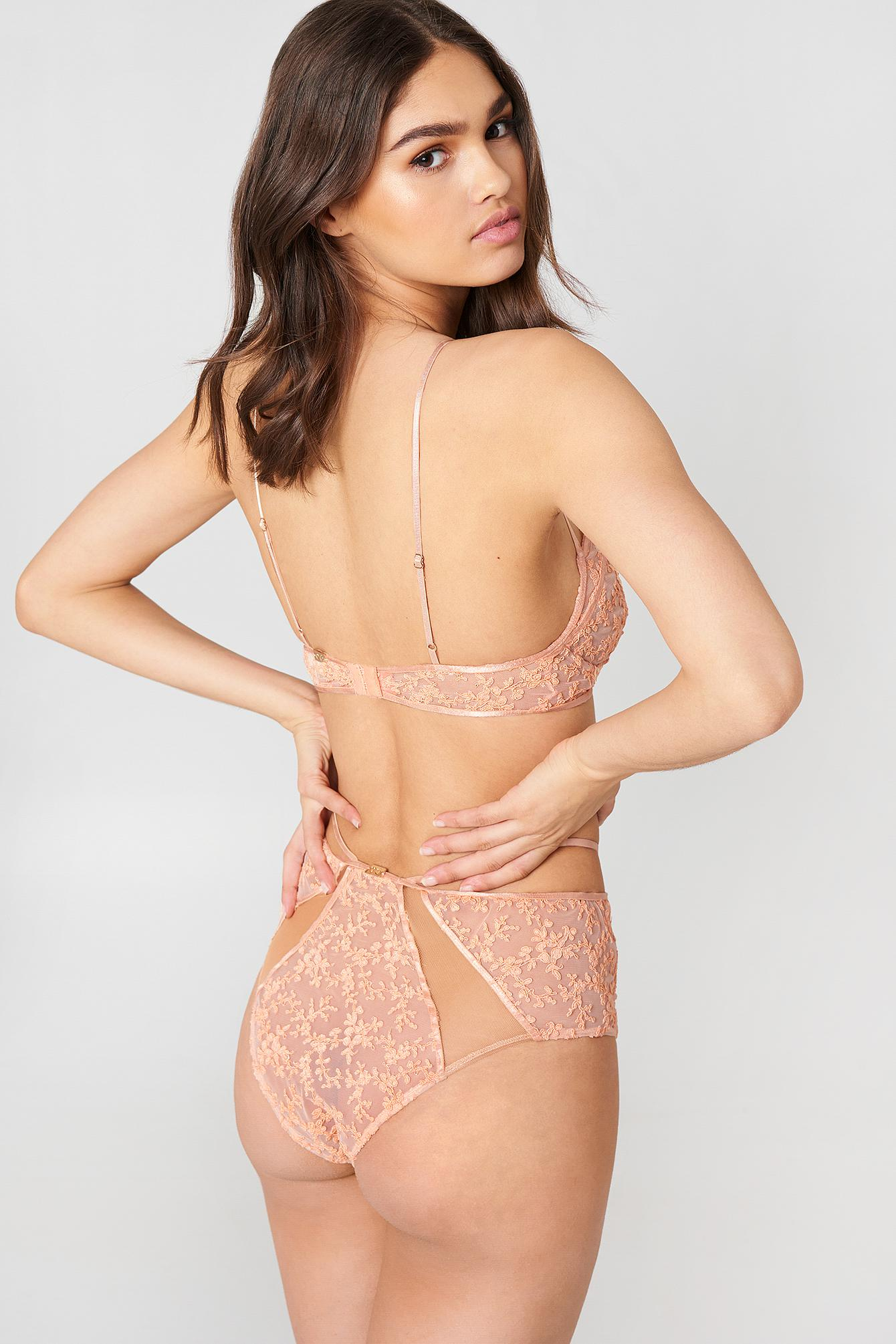 d0d97283a7389 Lyst - For Love   Lemons Miranda Underwire Bra Vintage Rose