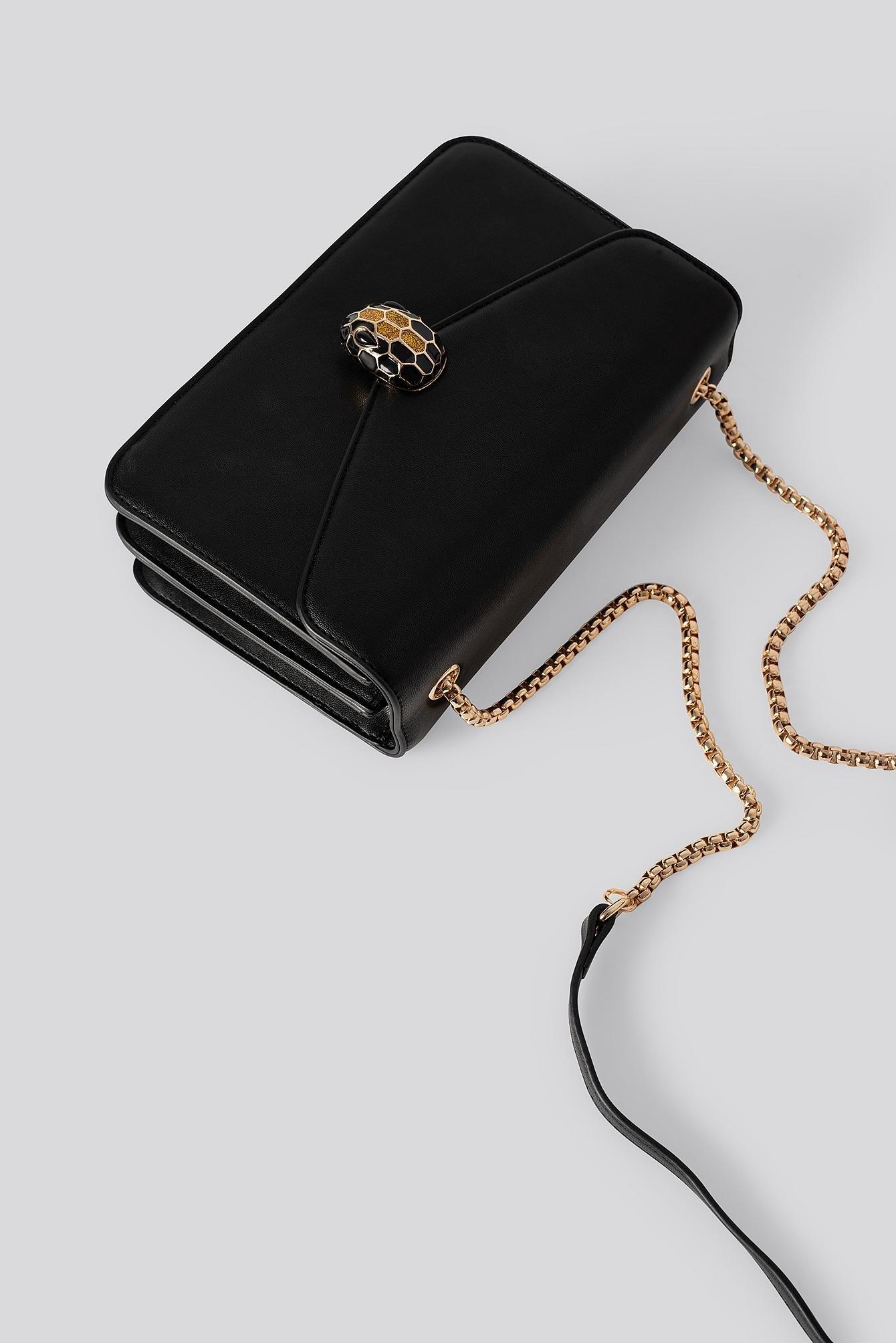 Snake Head Closure Bag Synthétique NA-KD en coloris Noir
