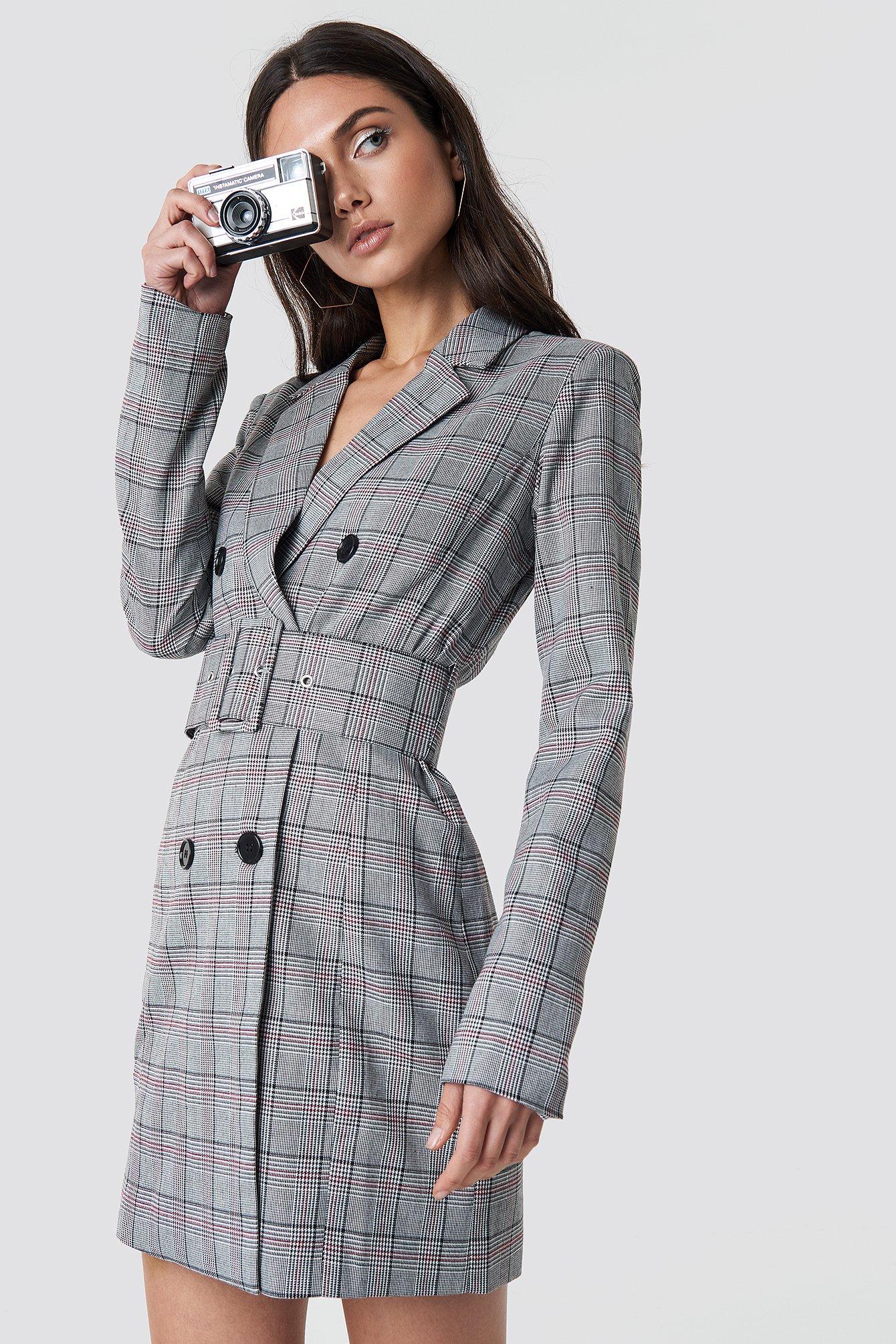 1cedbc83dea8 NA-KD Checked Belted Blazer Dress Grey in Gray - Lyst