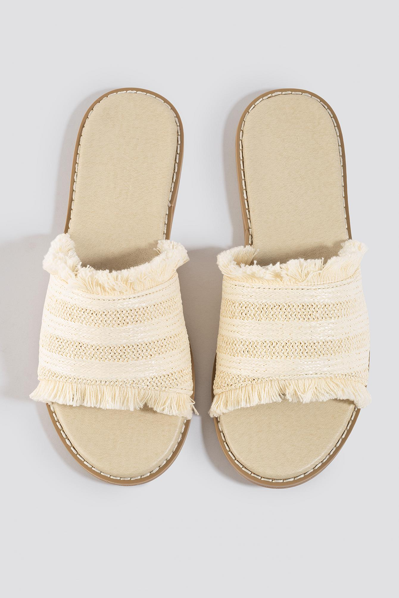 Strawy Sandals NA-KD en coloris Neutre