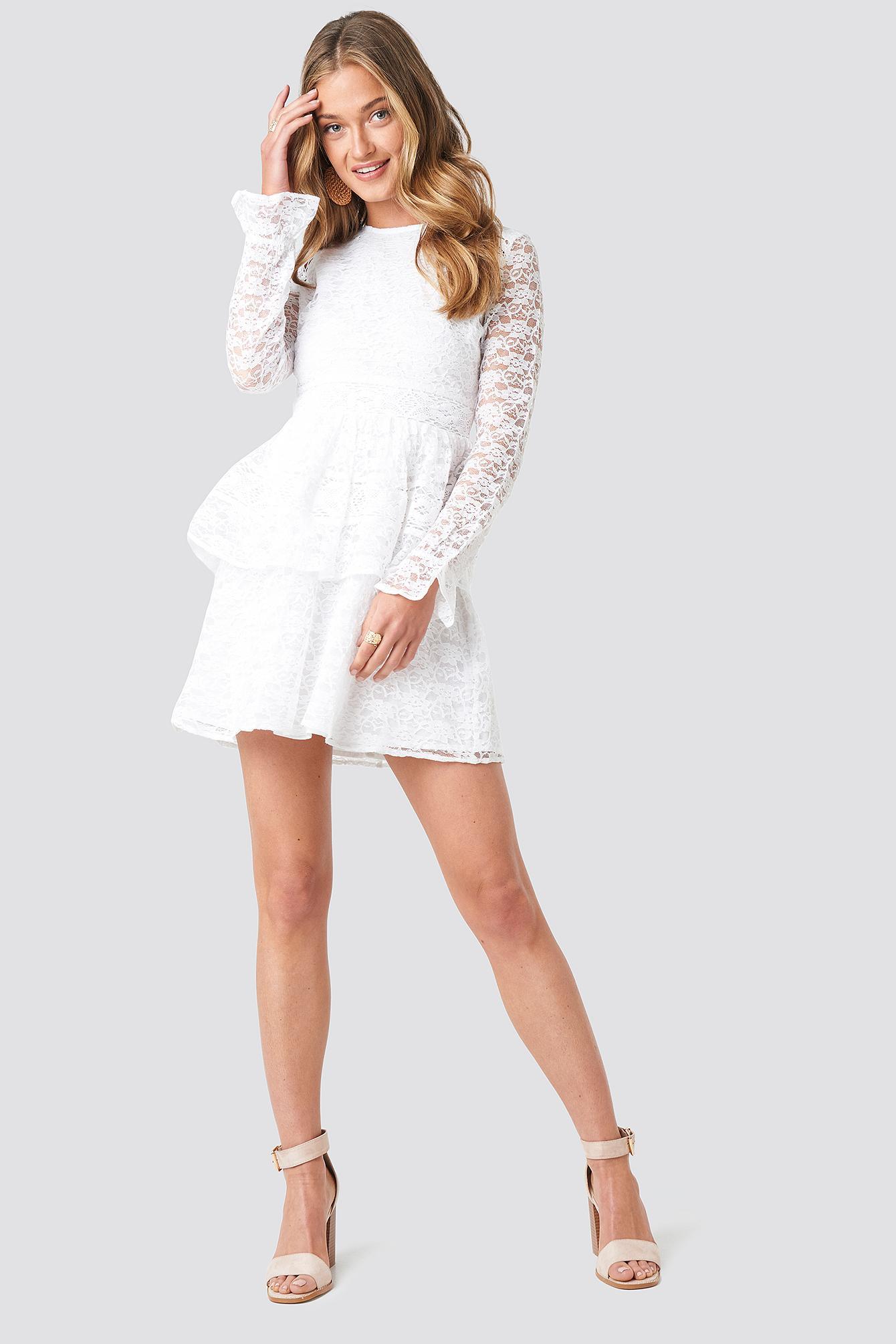 All Over Lace Midi Dress NA-KD en coloris Blanc