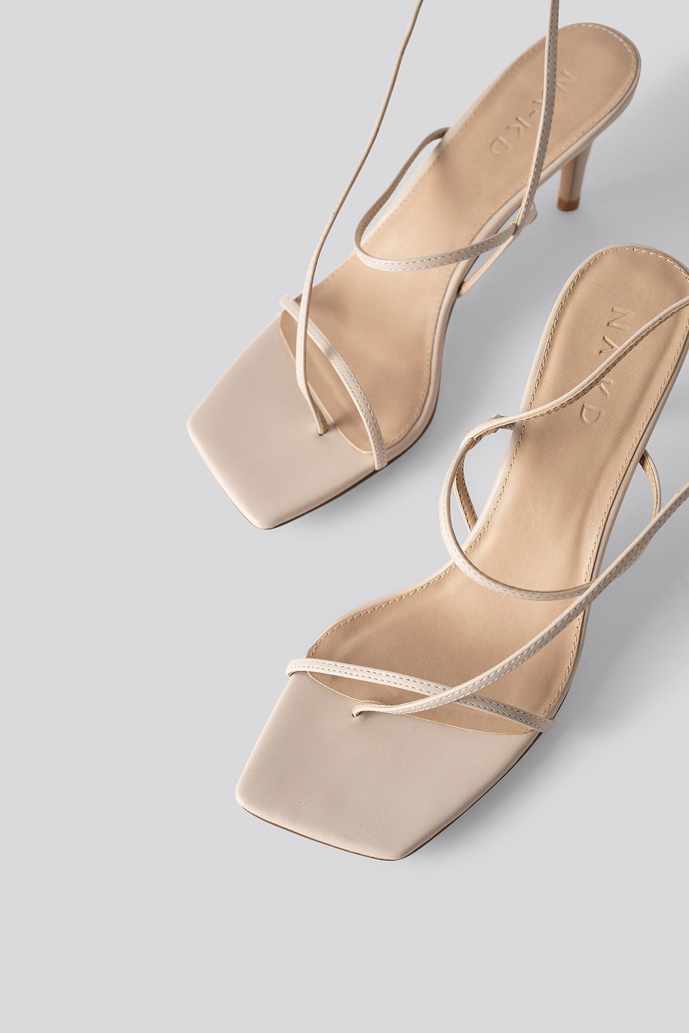 Strappy Stiletto Sandals Caoutchouc NA-KD en coloris Neutre
