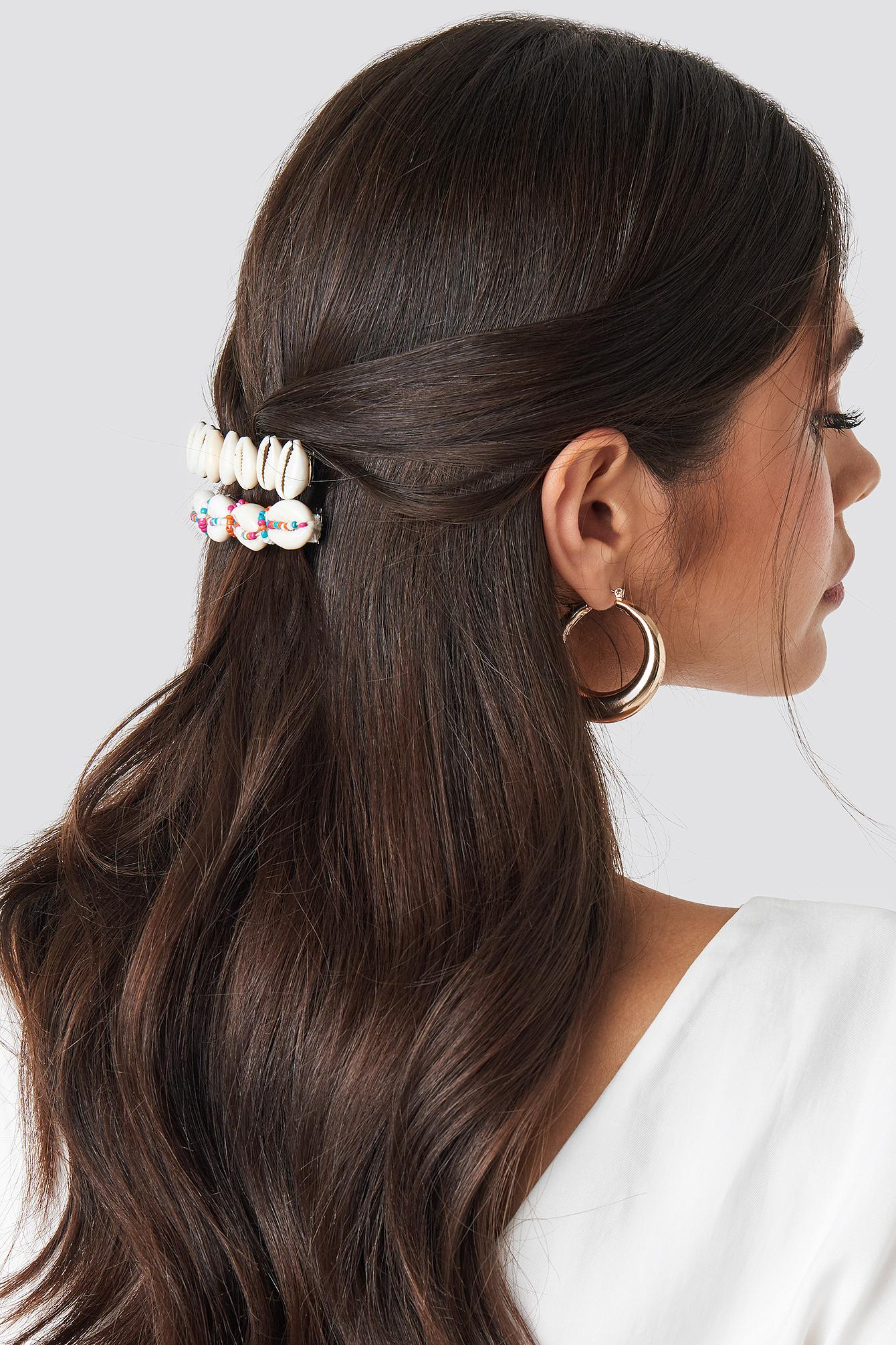 NA-KD Gold 4-pack Mini Pearl Hairpins in Gold/White