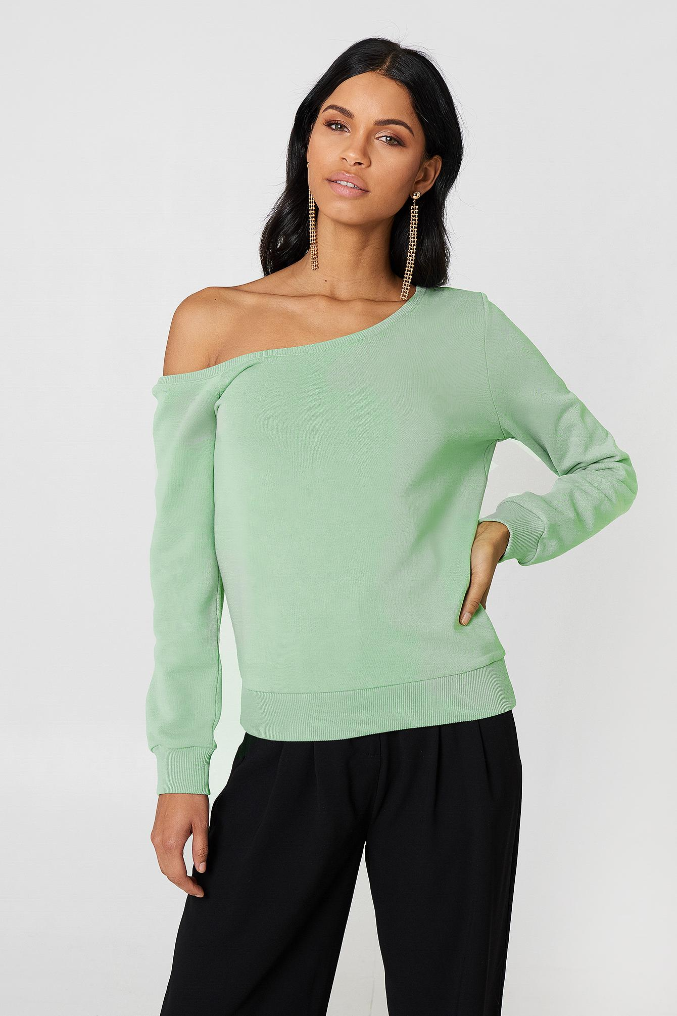 426f5ffde652ac Lyst - NA-KD One Shoulder Sweater Light Duck Green in Green