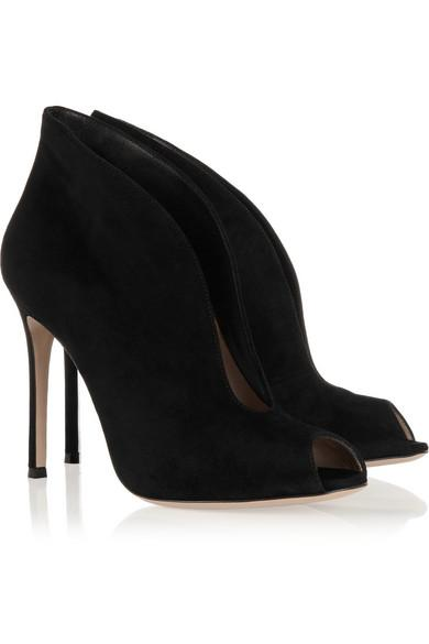 Gianvito Rossi Vamp 105 Suede Ankle Boots in Black