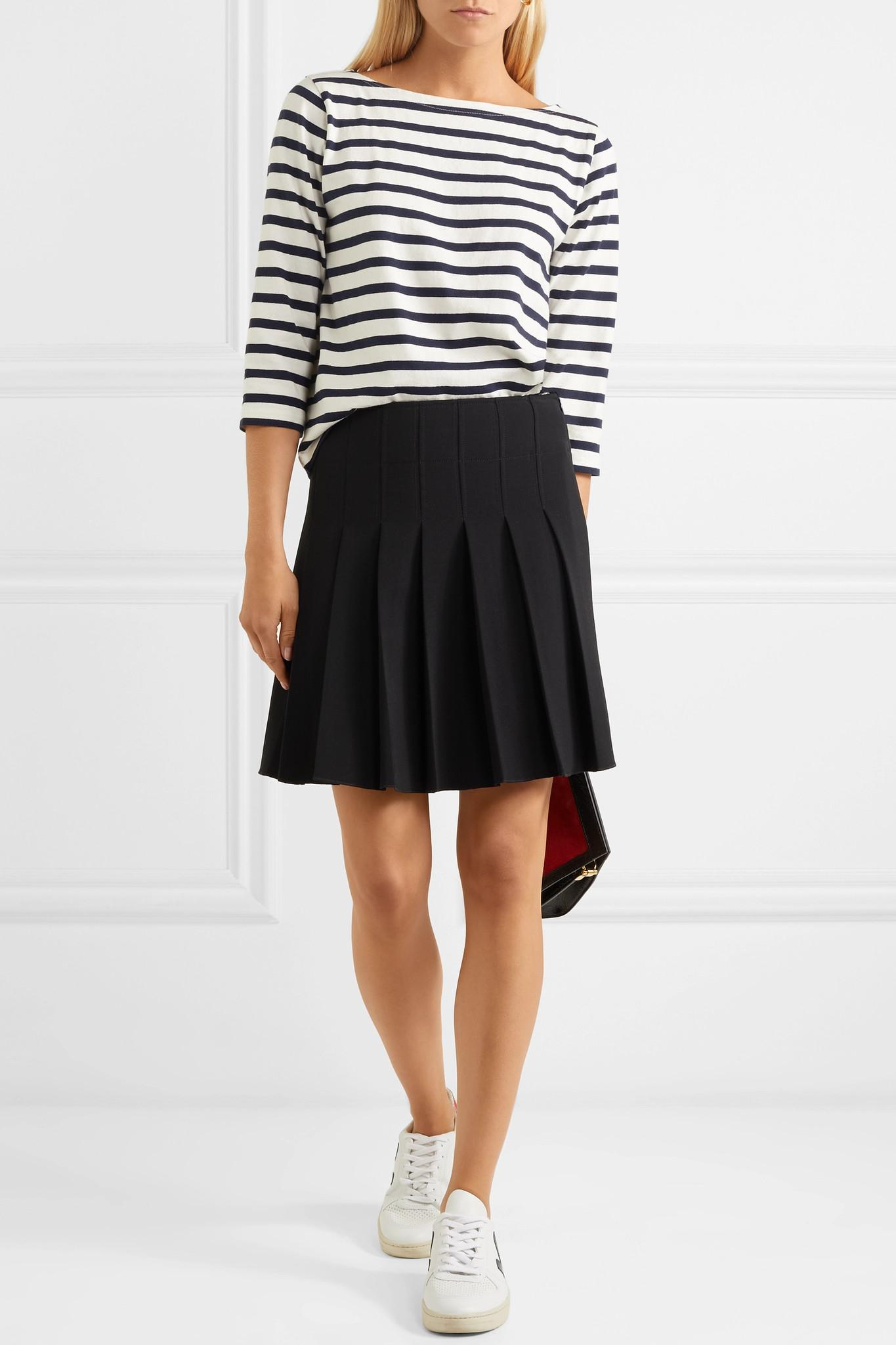 Lyst - Mini-jupe Plissée En Crêpe Ella A.P.C. en coloris Noir a562190c0943