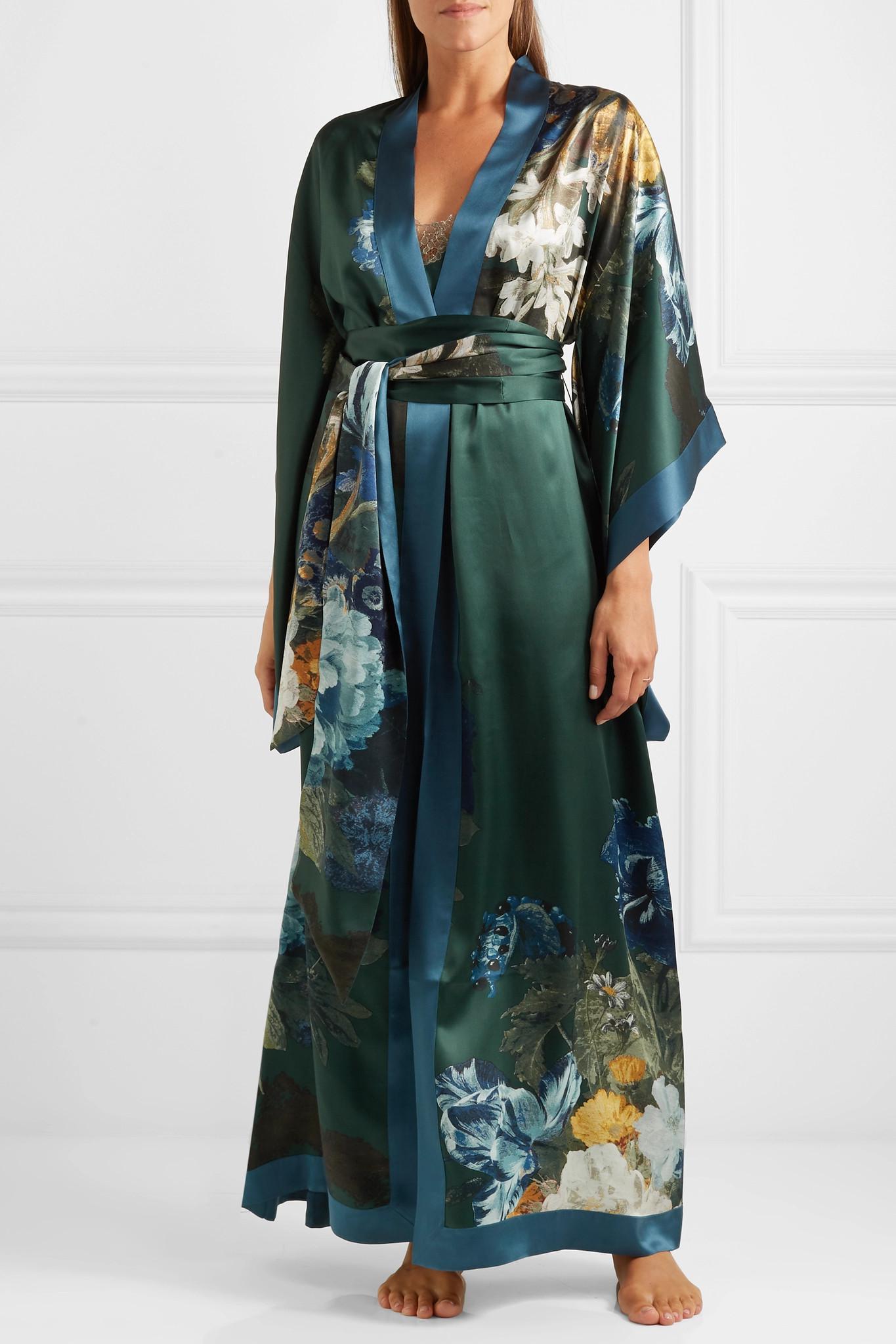 Carine Gilson Printed Silk-satin Robe in Emerald (Green)