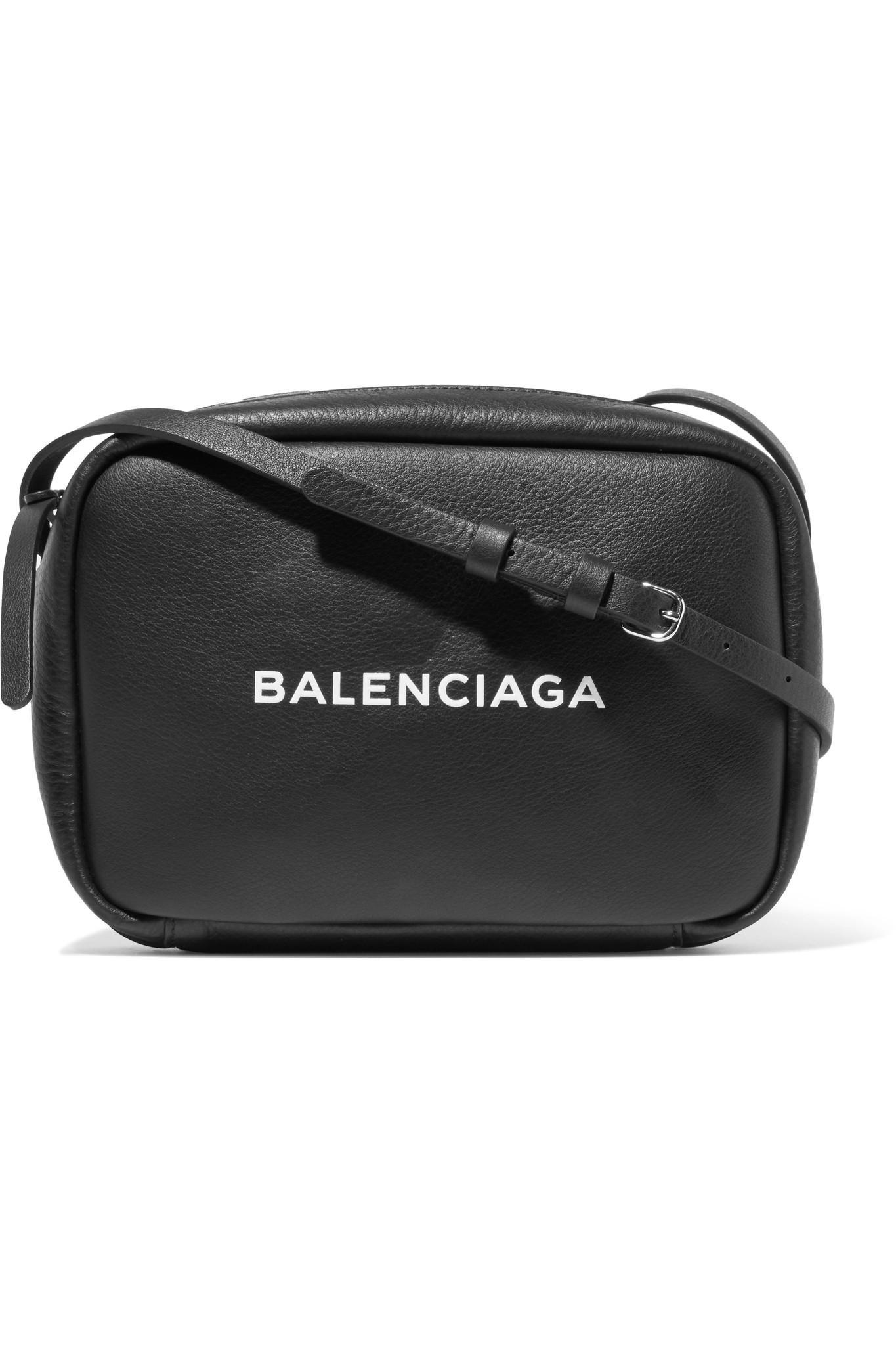 Balenciaga Imprimé Sac Photo-cuir Texturé - Blanc Livraison Gratuite Moins Cher Vraiment En Ligne Offre La Vente En Ligne lYLVCZN