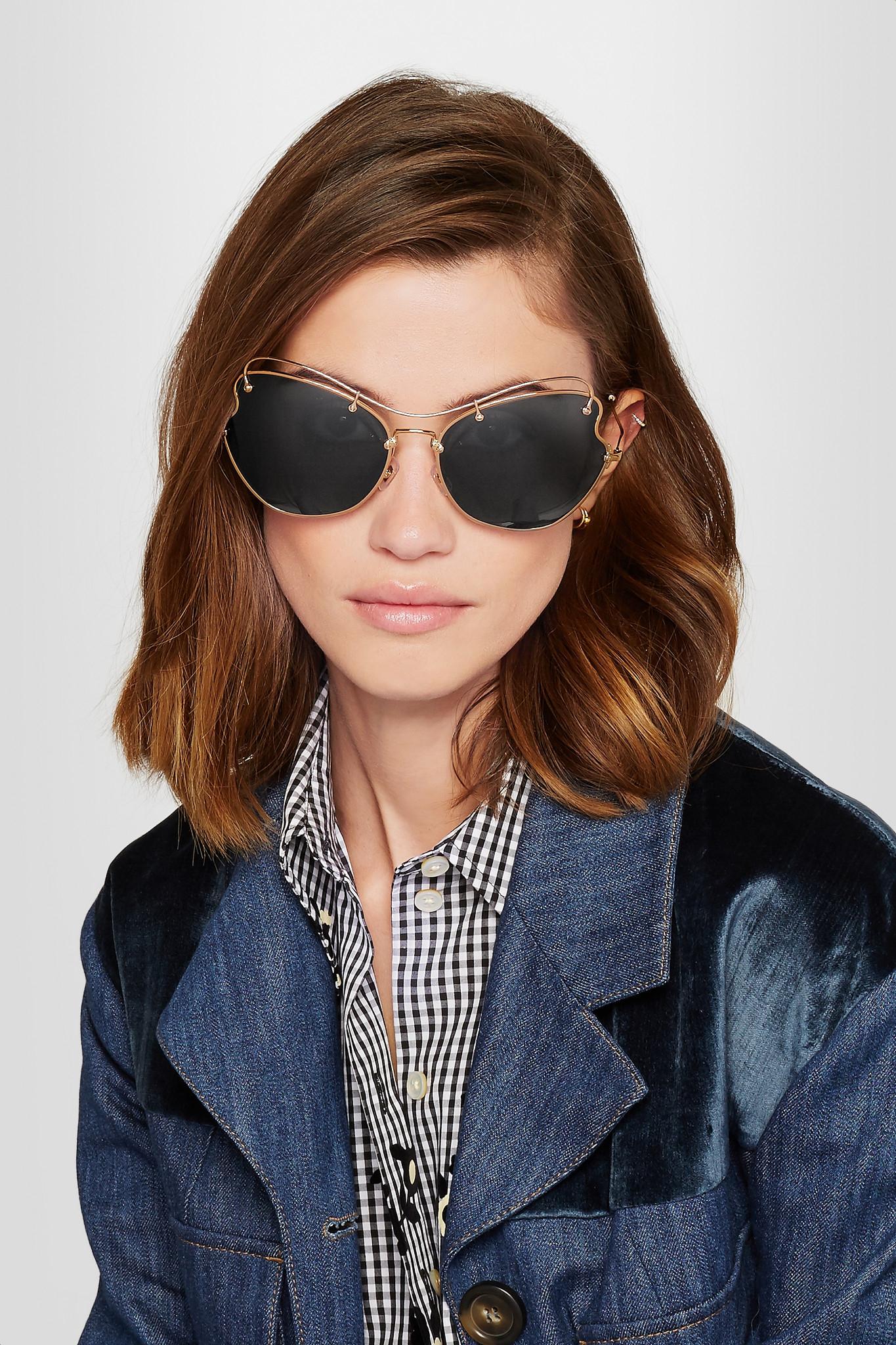 4813e6f461b Lyst - Miu Miu Scenique Cat-eye Gold-tone Sunglasses in Metallic