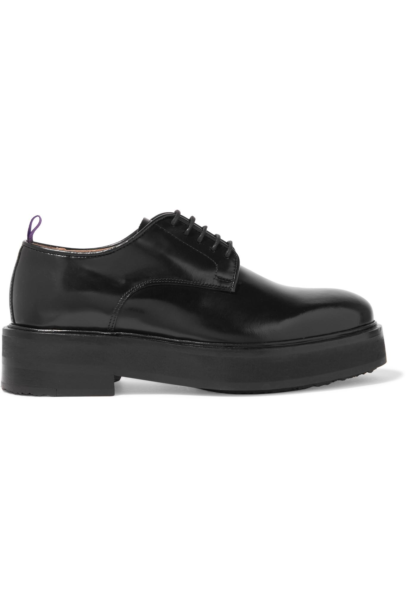 a91b817530f Lyst - Eytys Kingston Glossed-leather Platform Brogues in Black