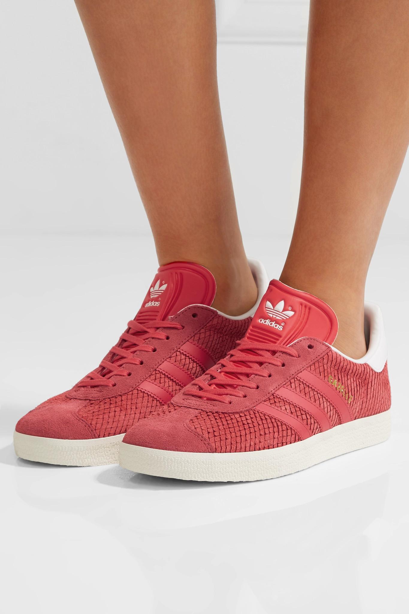 d2de01177fe7 Lyst - adidas Originals Gazelle Leather-trimmed Snake-effect Suede ...