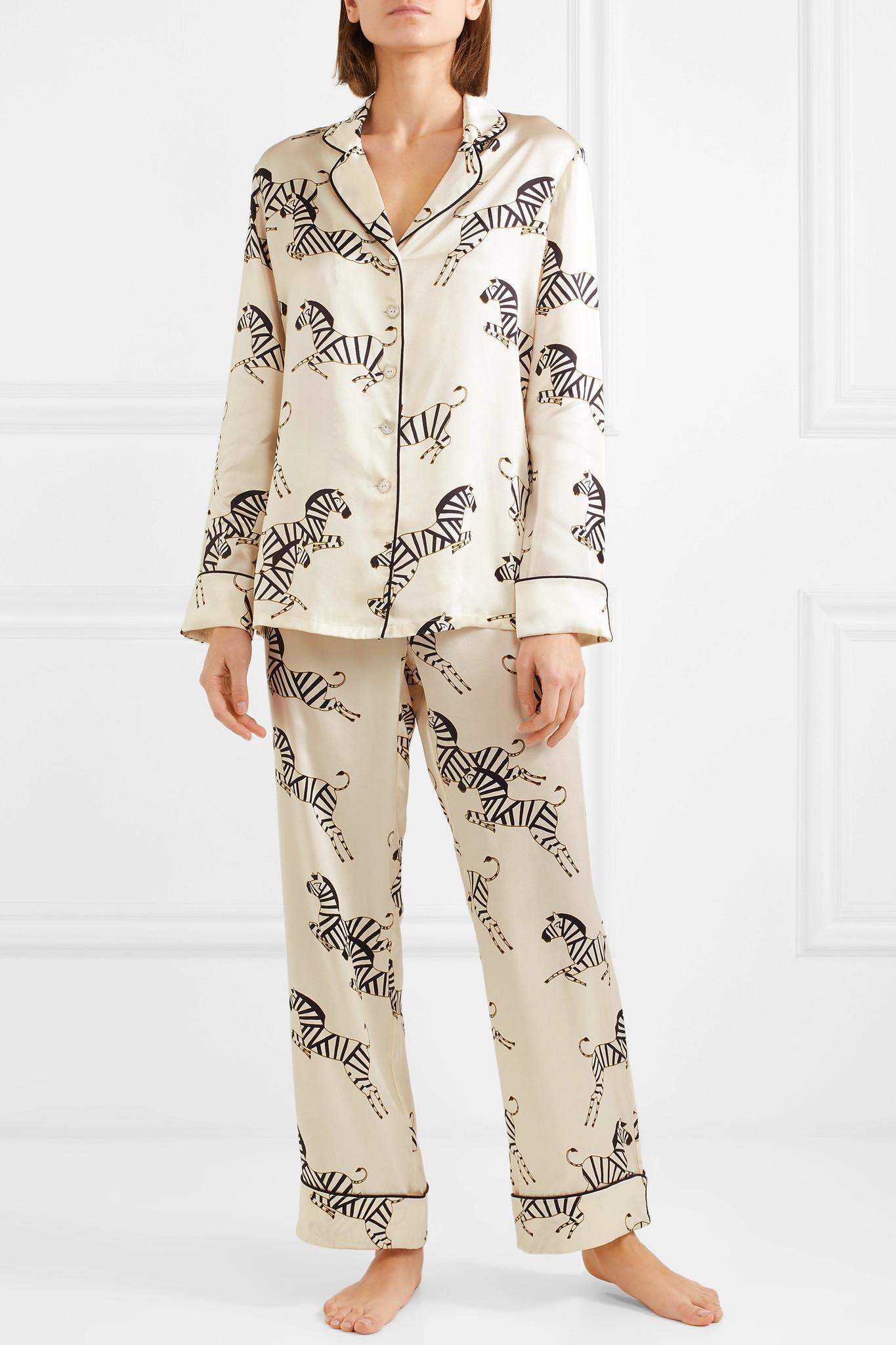 Olivia Von Halle - White Lila Printed Silk-charmeuse Pajama Set - Lyst.  View fullscreen 2f2ba6e47