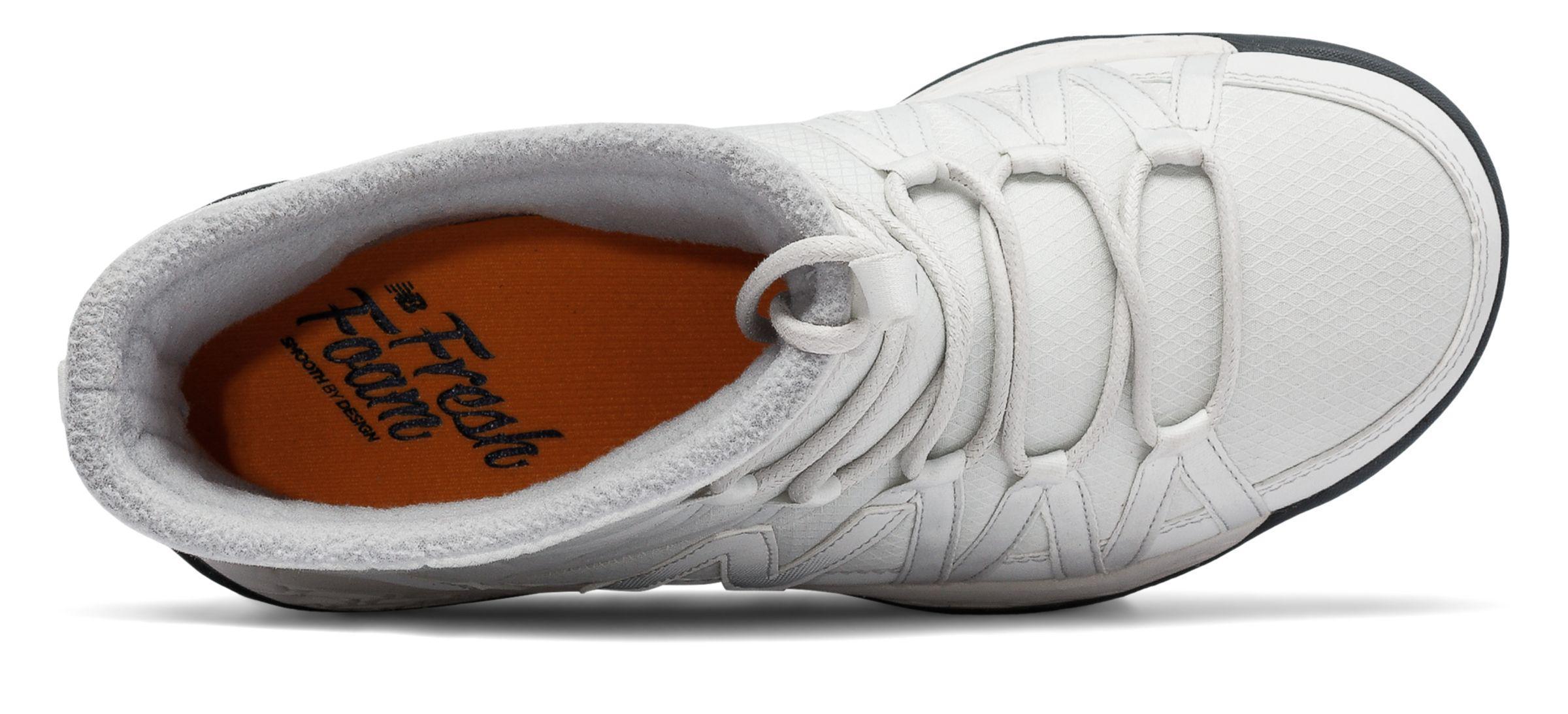 Fresh Foam 2000 Boot in Gray