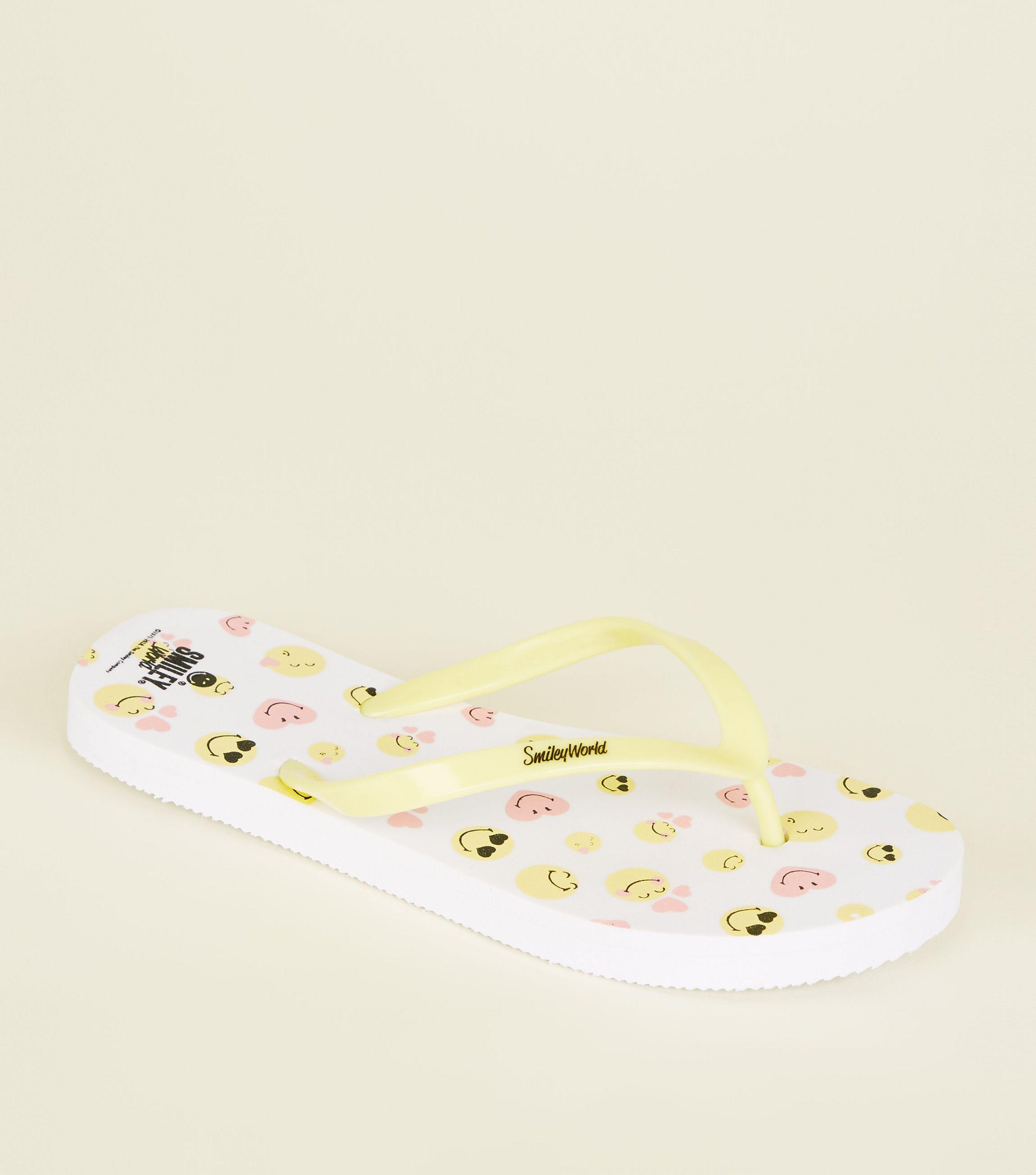 100303adc1c8e New Look Girls White Smile Emoji Flip Flops in White - Lyst